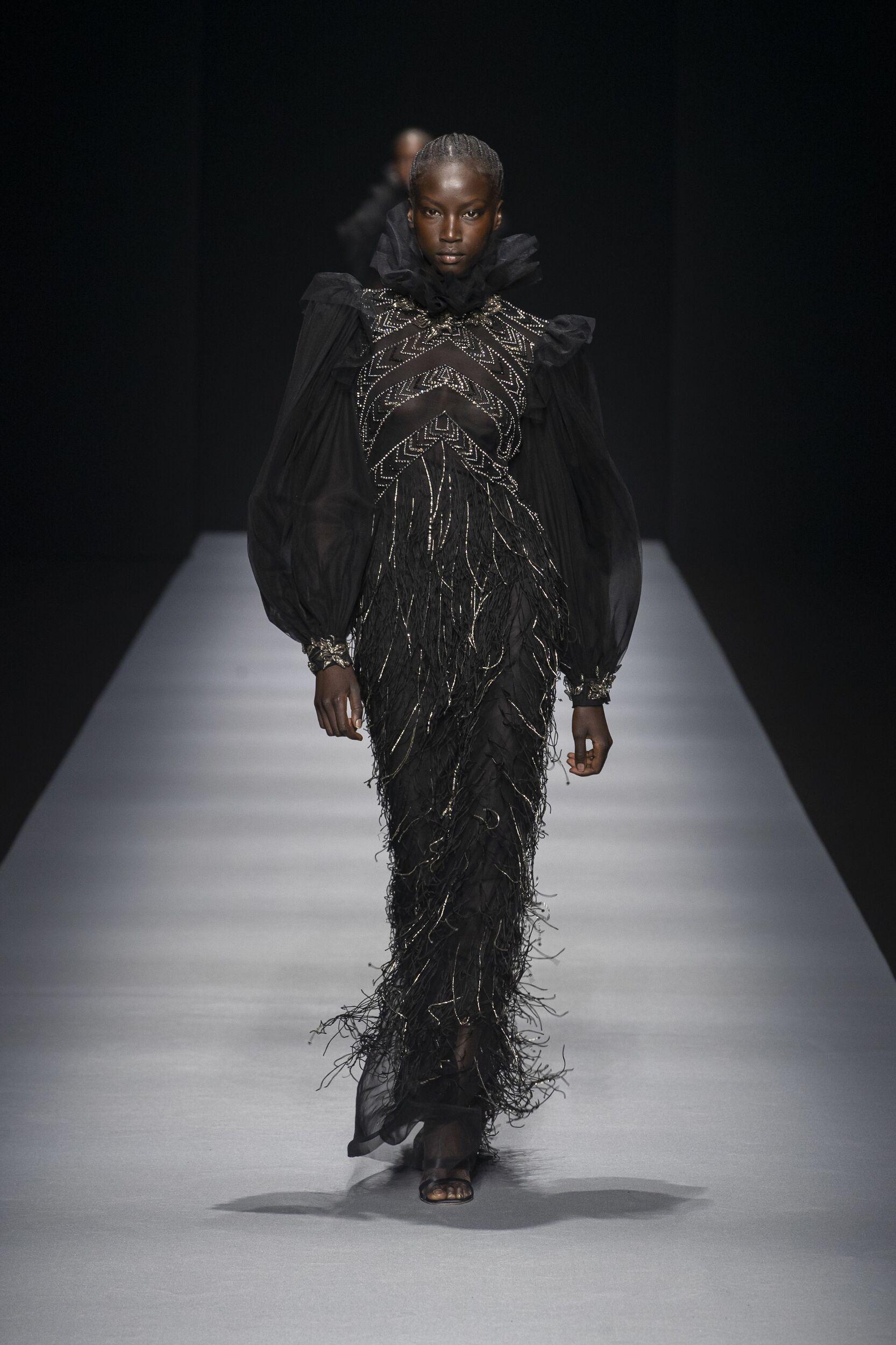 Fashion 2020 Runway Woman Alberta Ferretti Winter