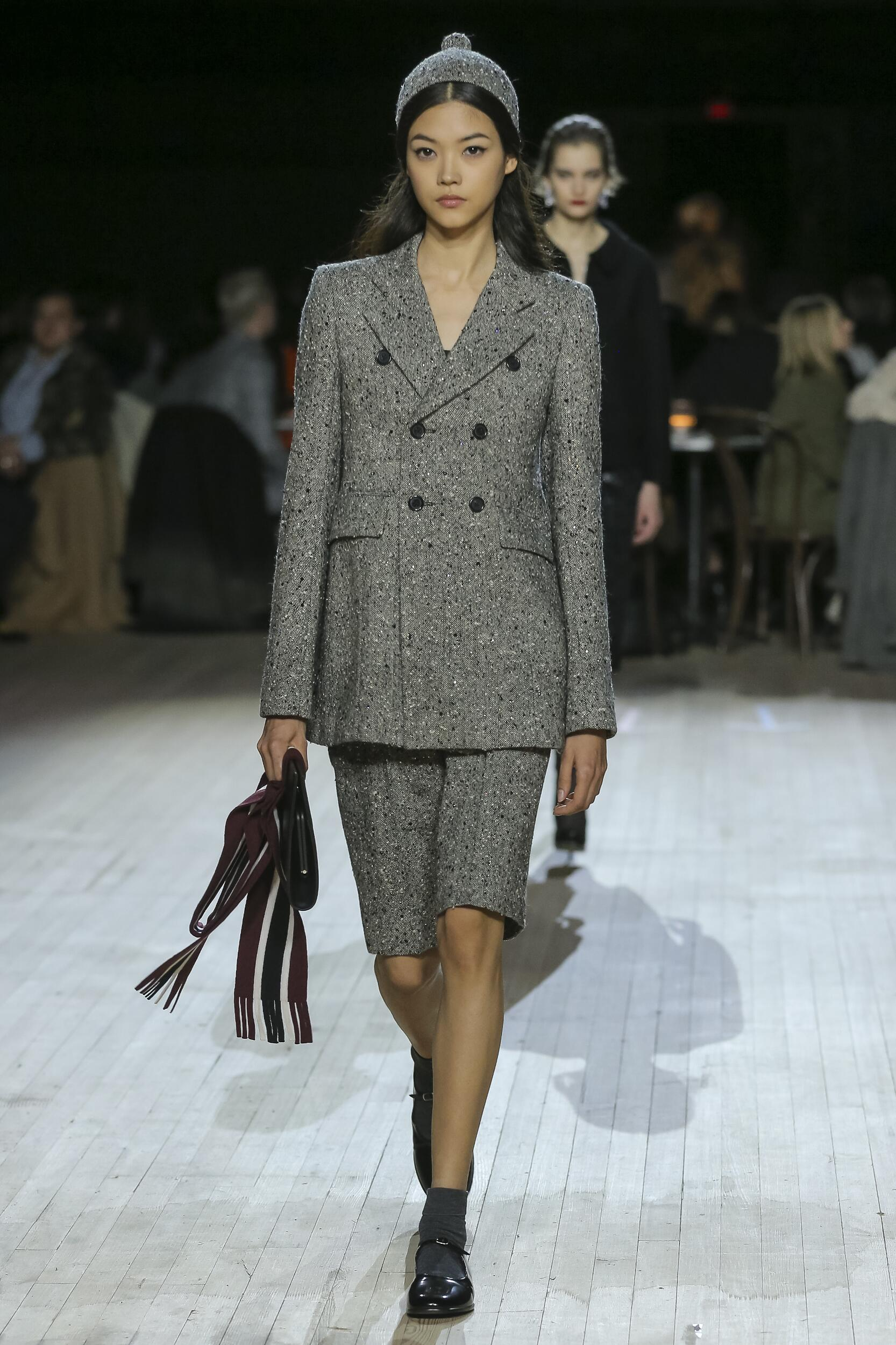 Fashion 2020 Runway Woman Marc Jacobs Winter