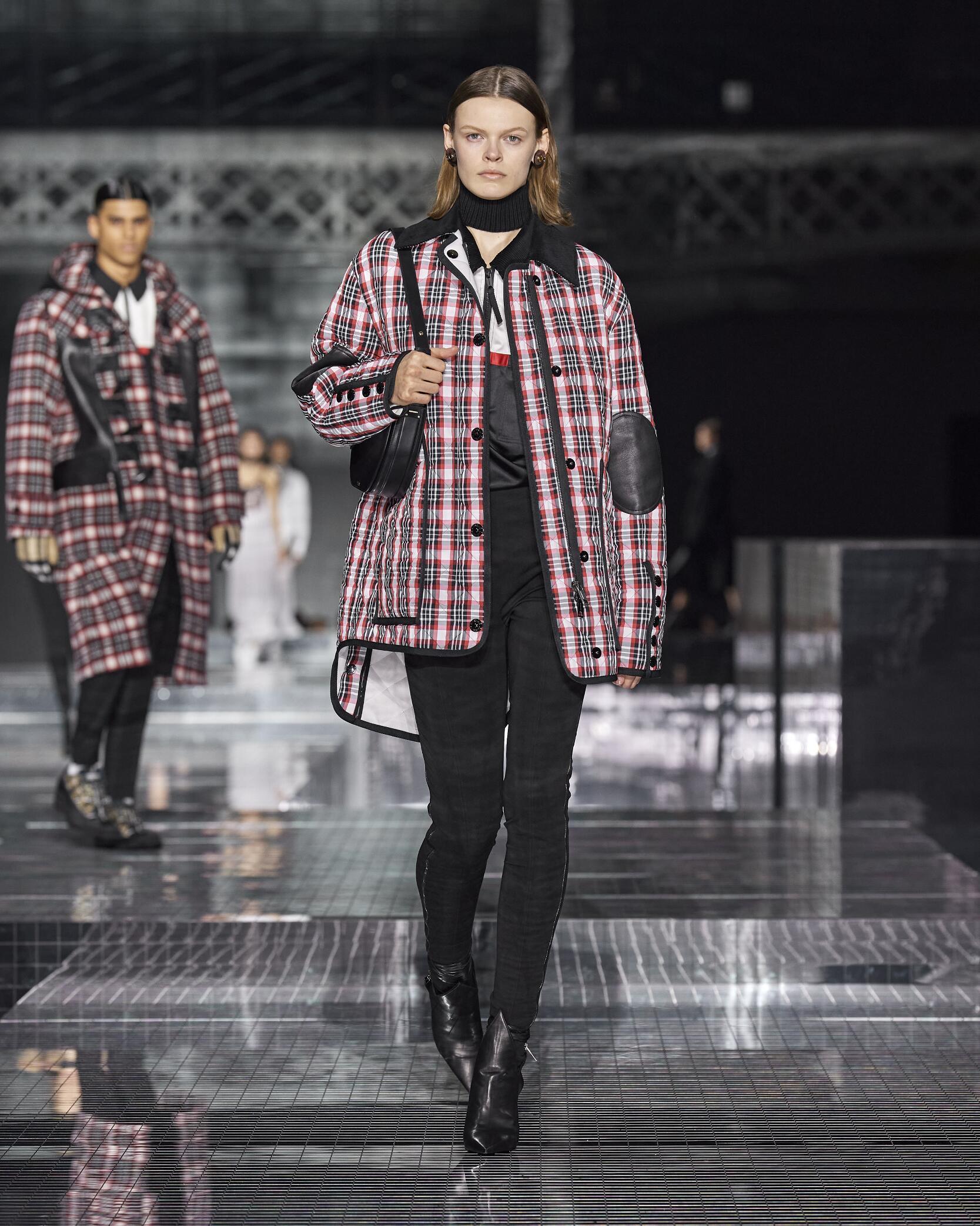 Fashion 2020 Women Style Burberry
