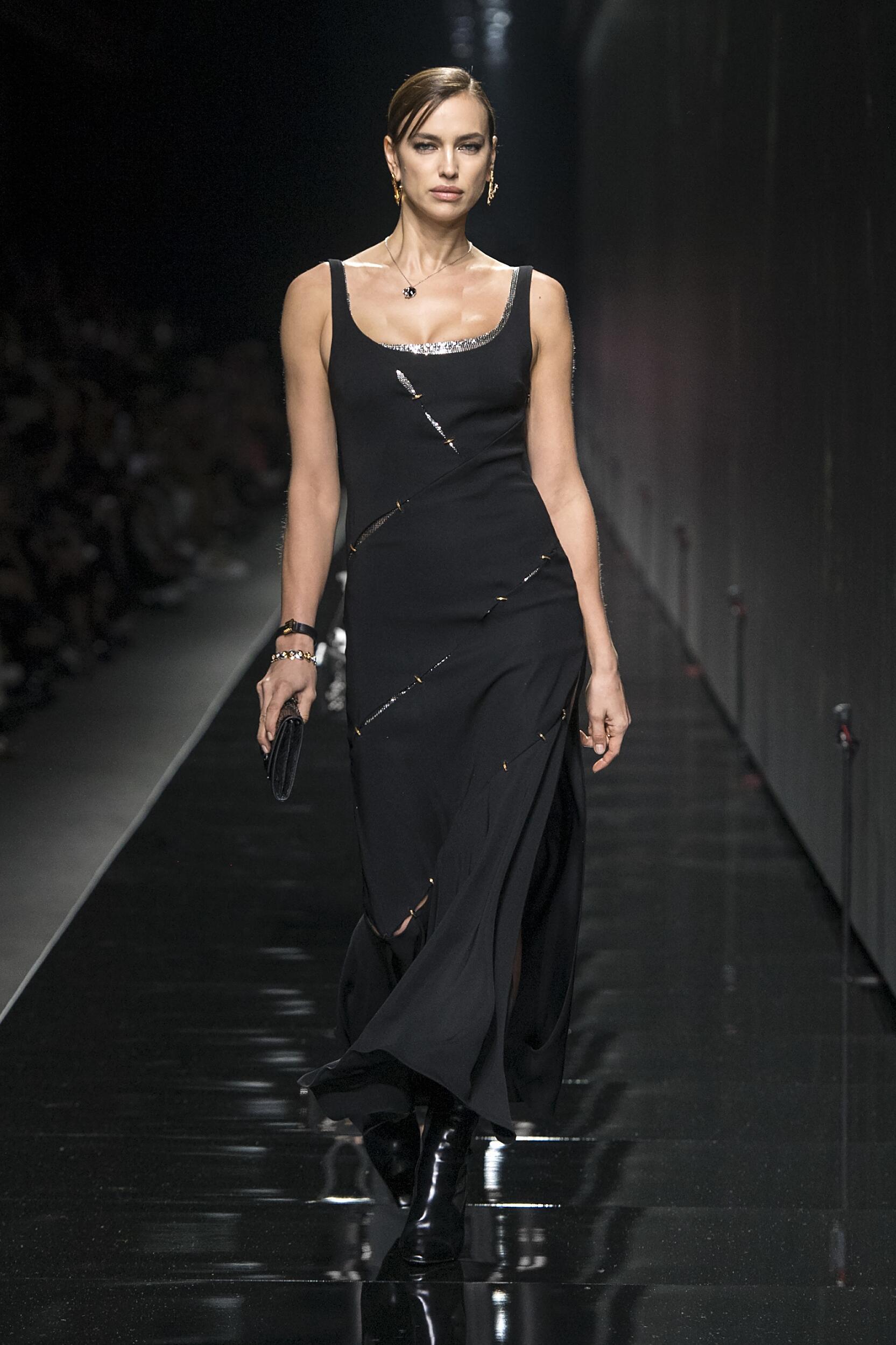 Fashion 2020 Women Style Versace