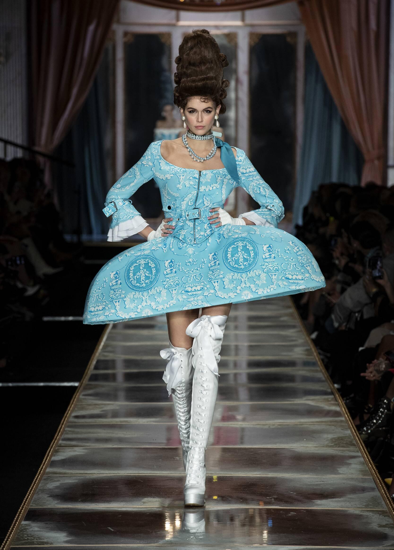 Fashion 2020 Womens Style Moschino