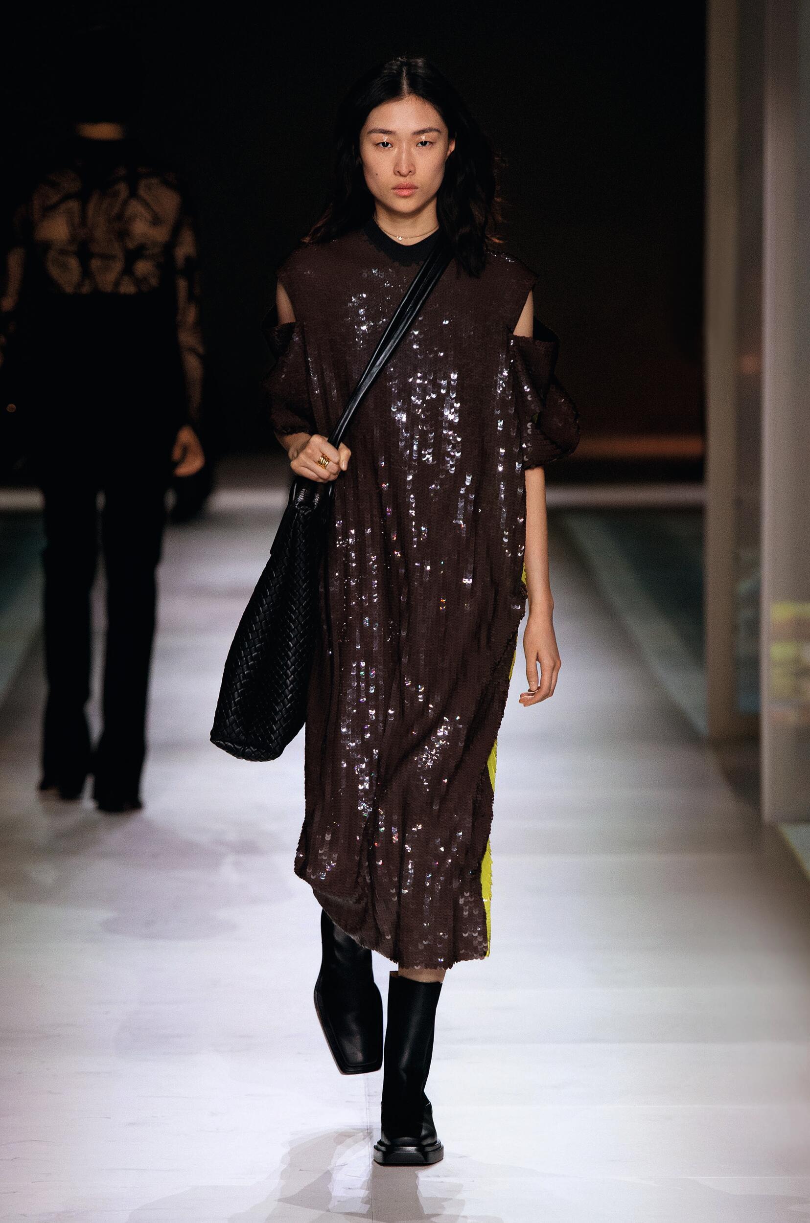 Fashion Show Woman Model Bottega Veneta Catwalk