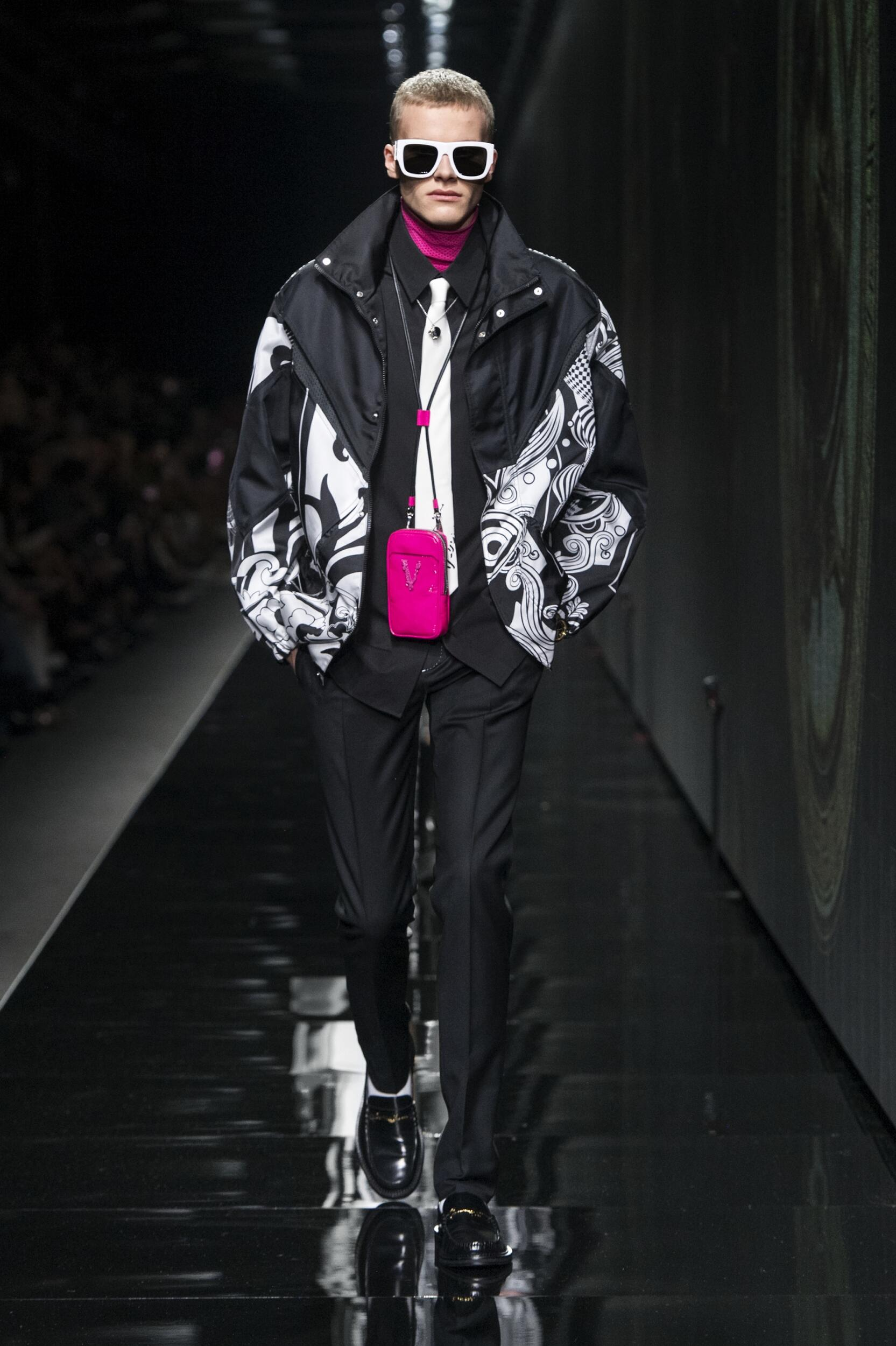 Fashion Trends 2020 Catwalk Versace Winter Mens Collection