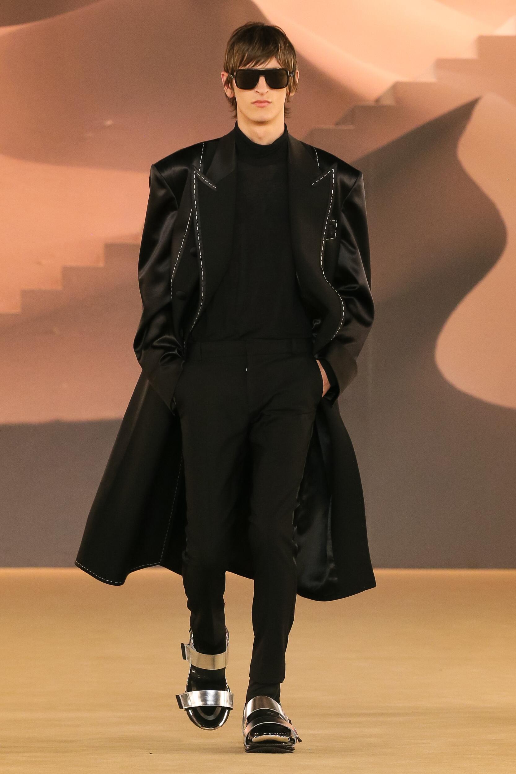 Fashion Week 2020 Catwalk Balmain