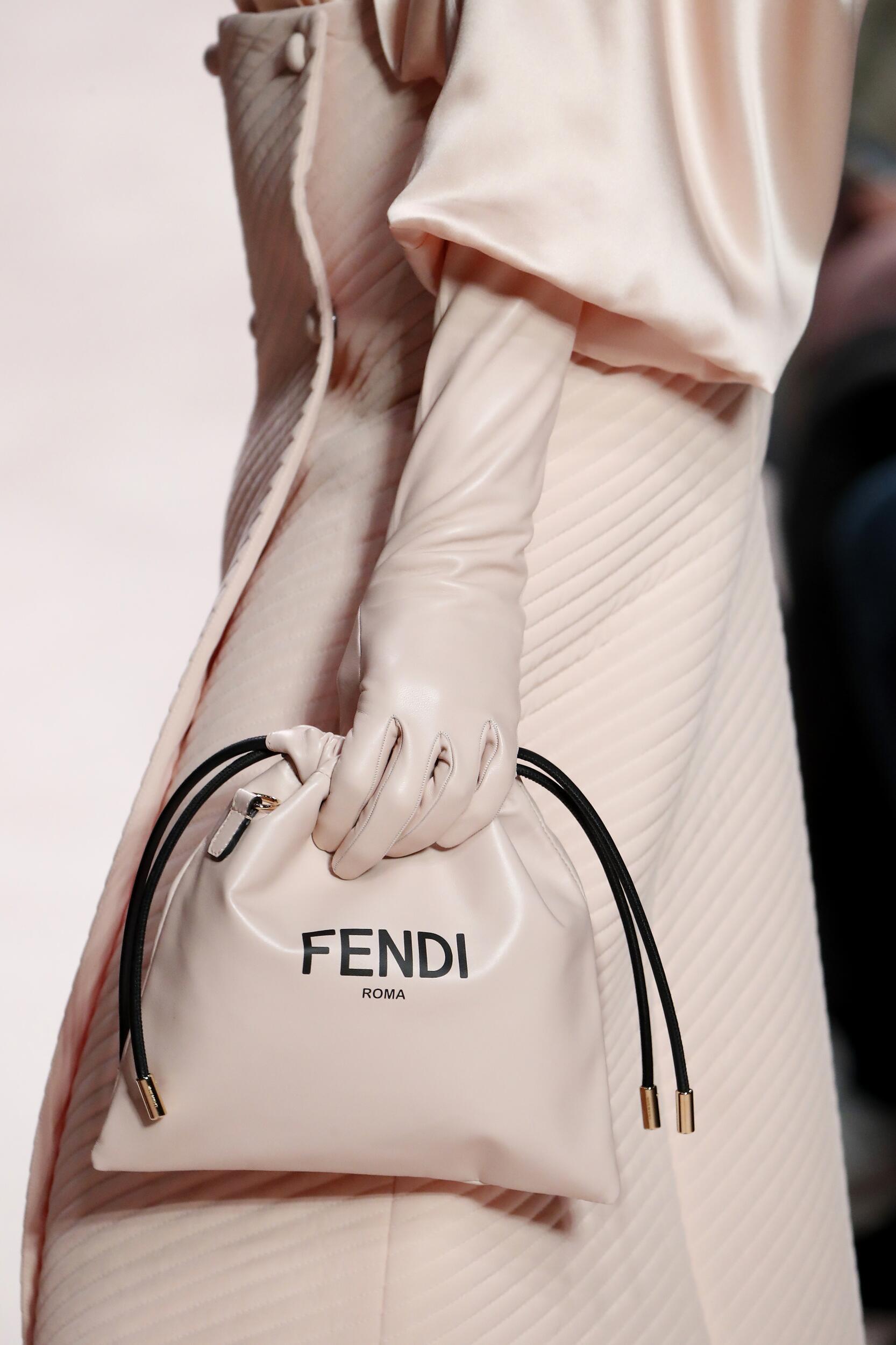 Fendi Detail Pink Bag