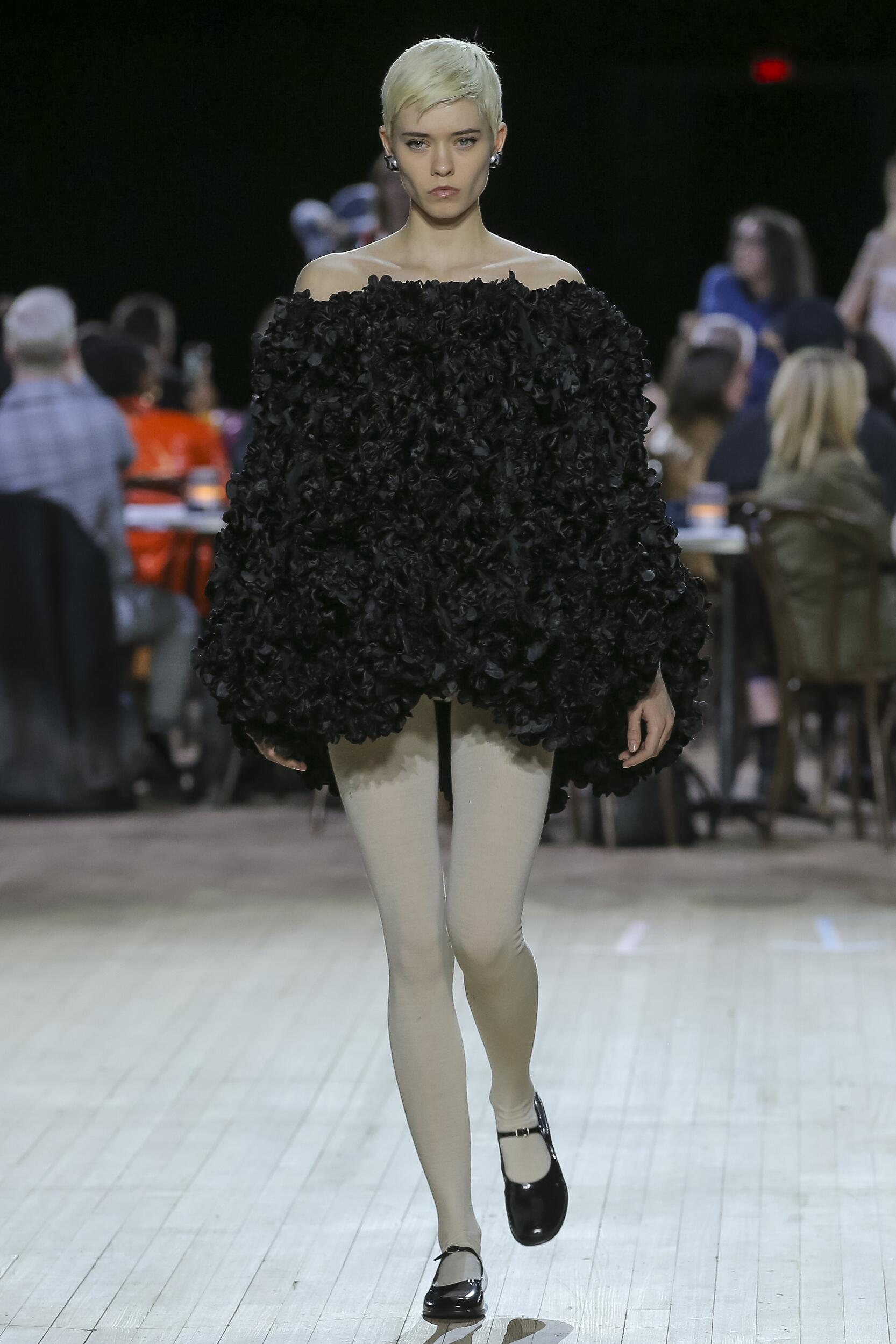 Marc Jacobs Woman 2020-21 New York Trends