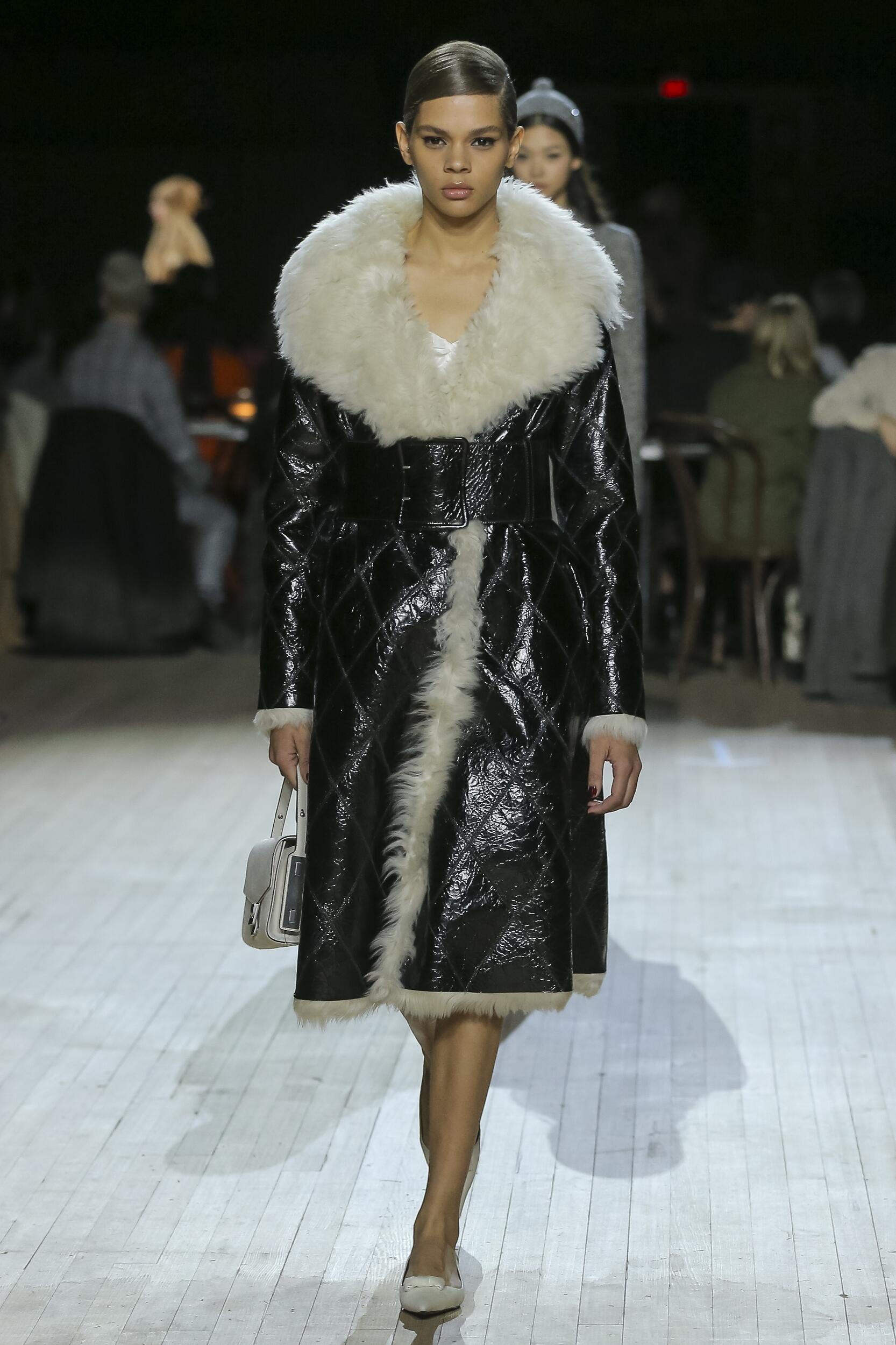 Marc Jacobs Woman Style