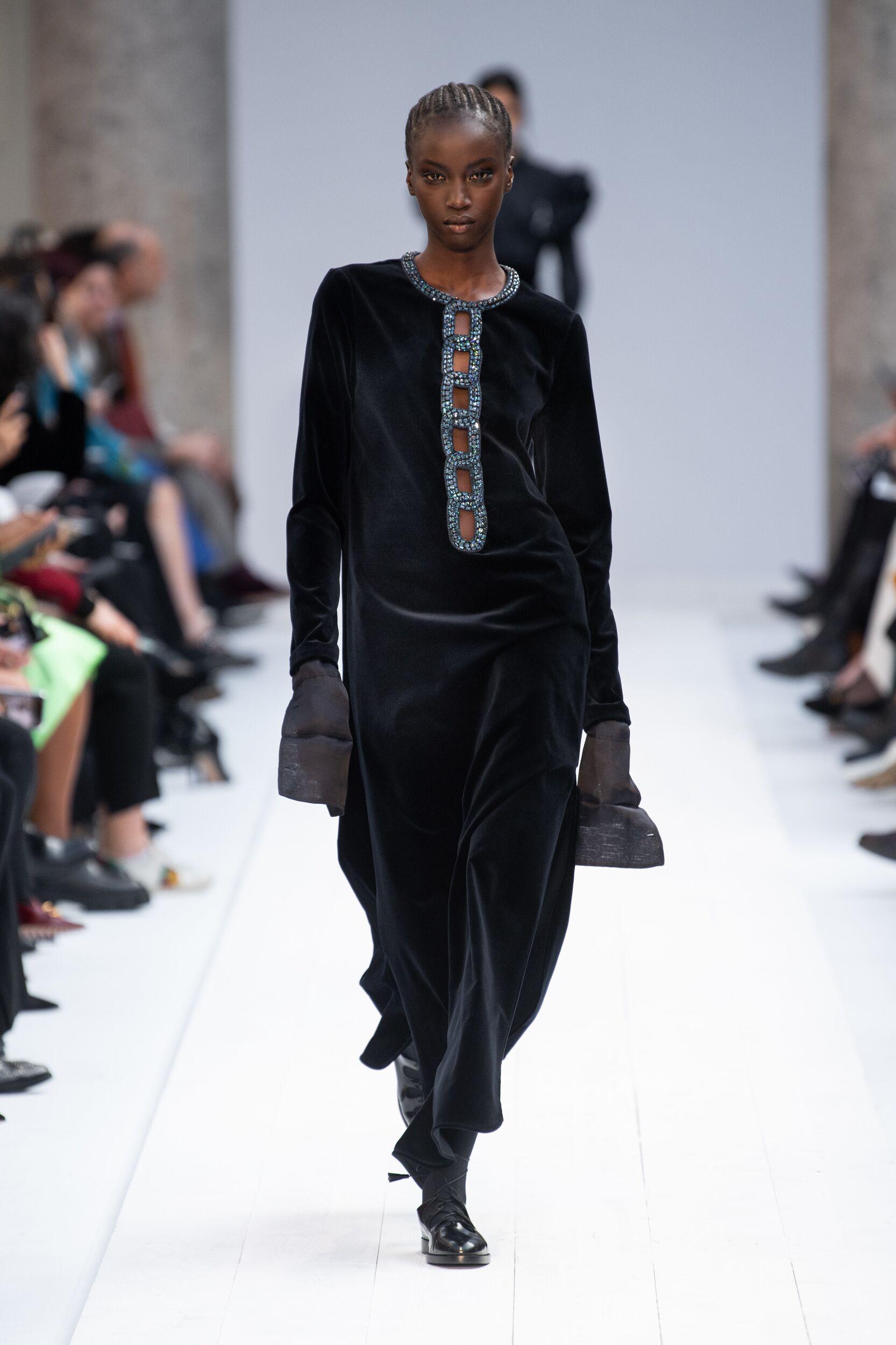 Max Mara Woman Style