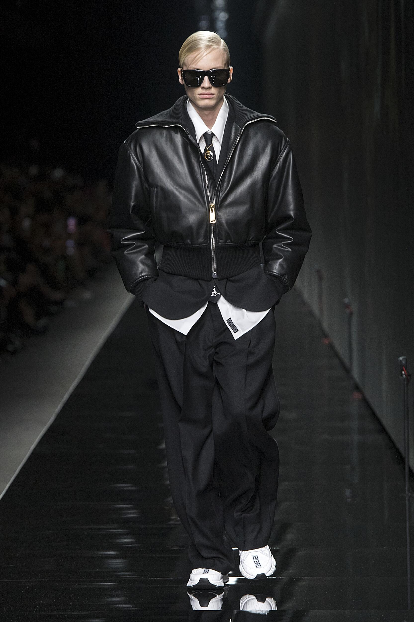 Men FW 2020-21 Fashion Show Versace