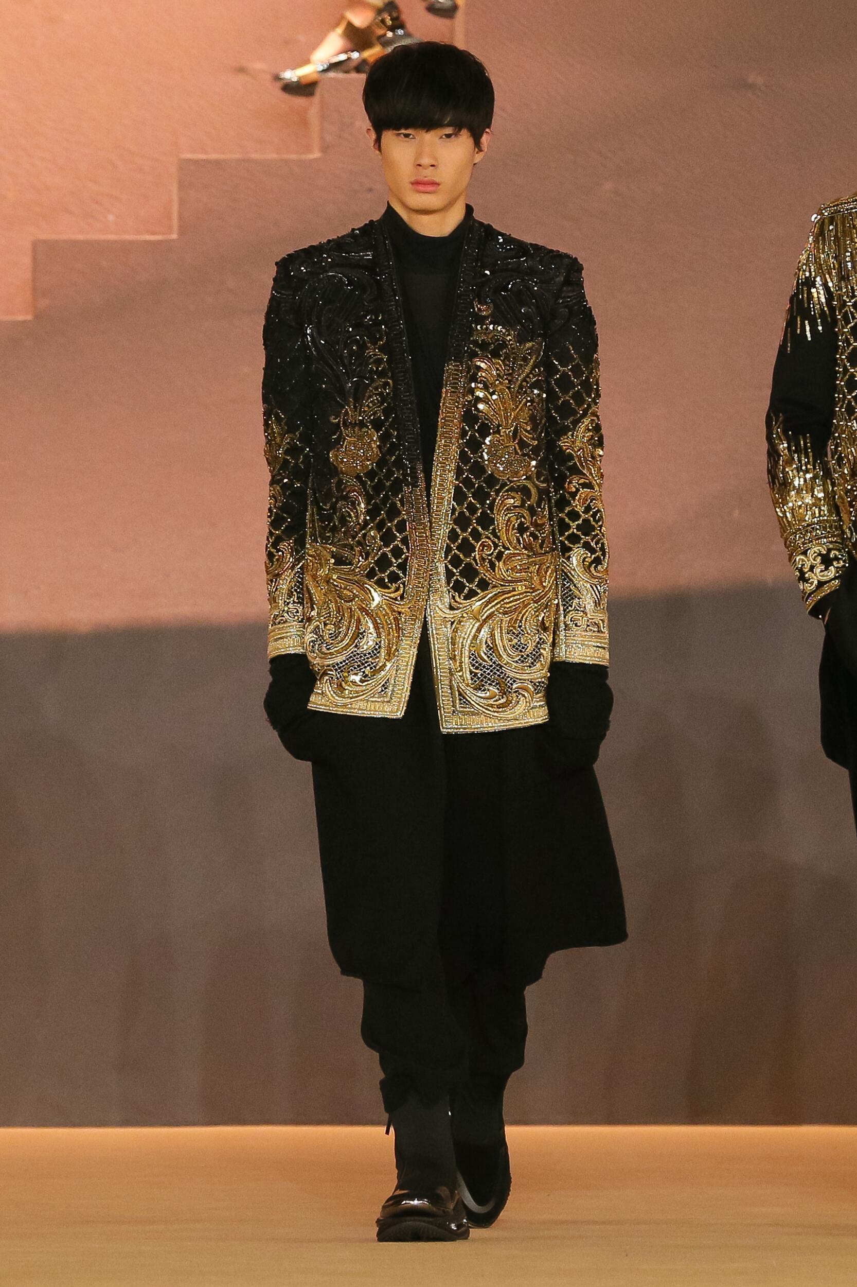 Menswear Fashion 2020-21 Catwalk Balmain