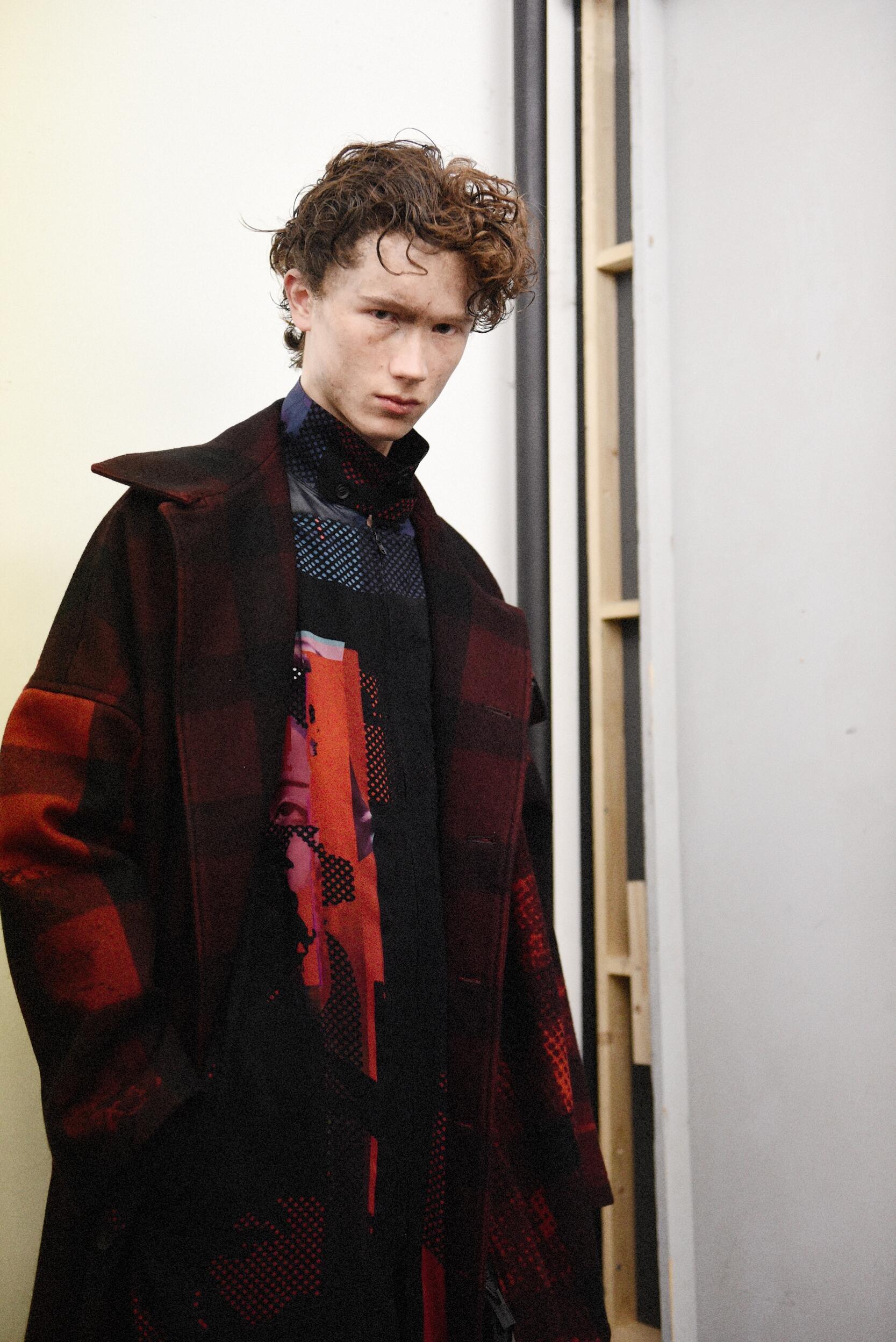 Model Backstage Yohji Yamamoto