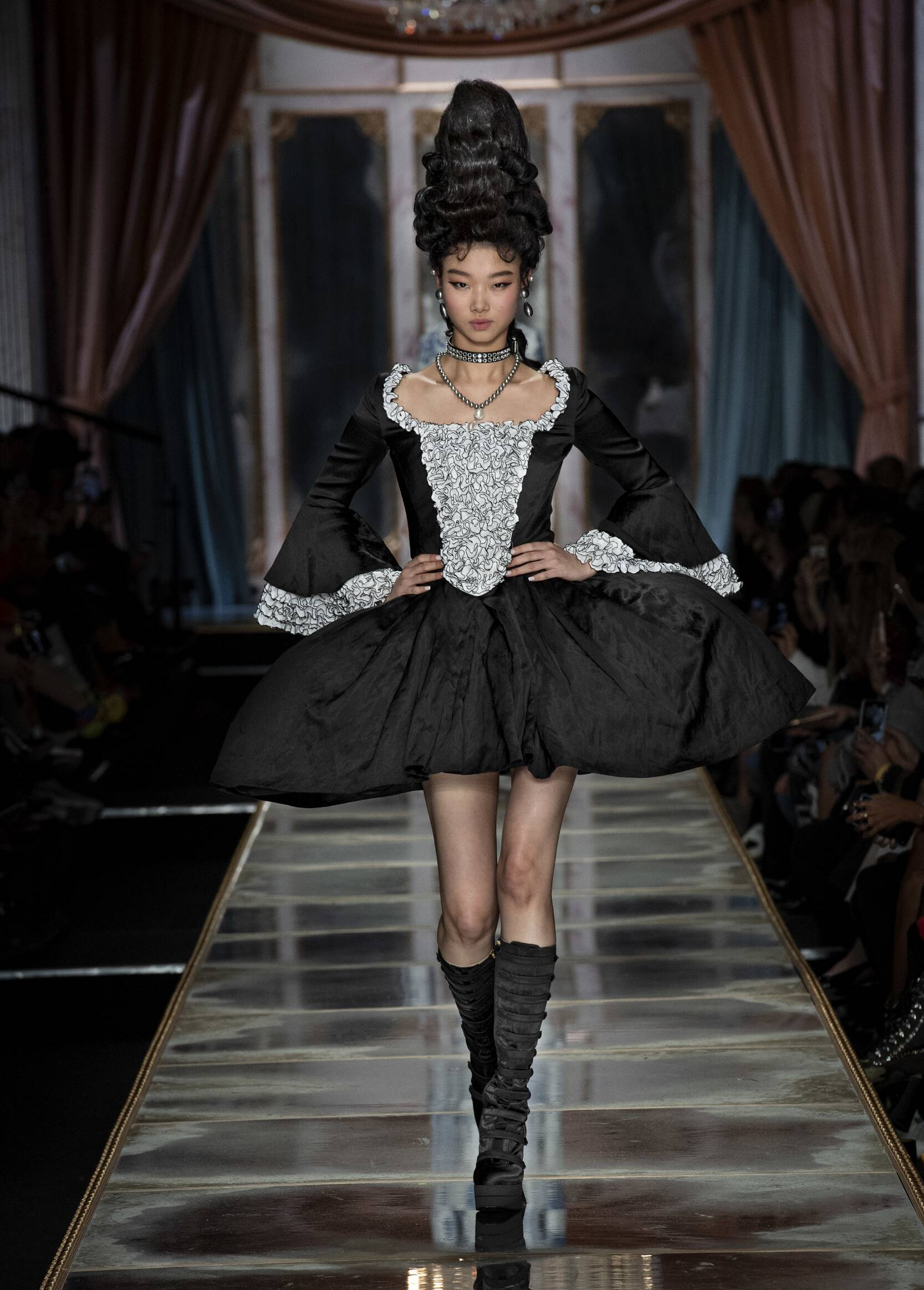 Moschino Women's Collection 2020-21