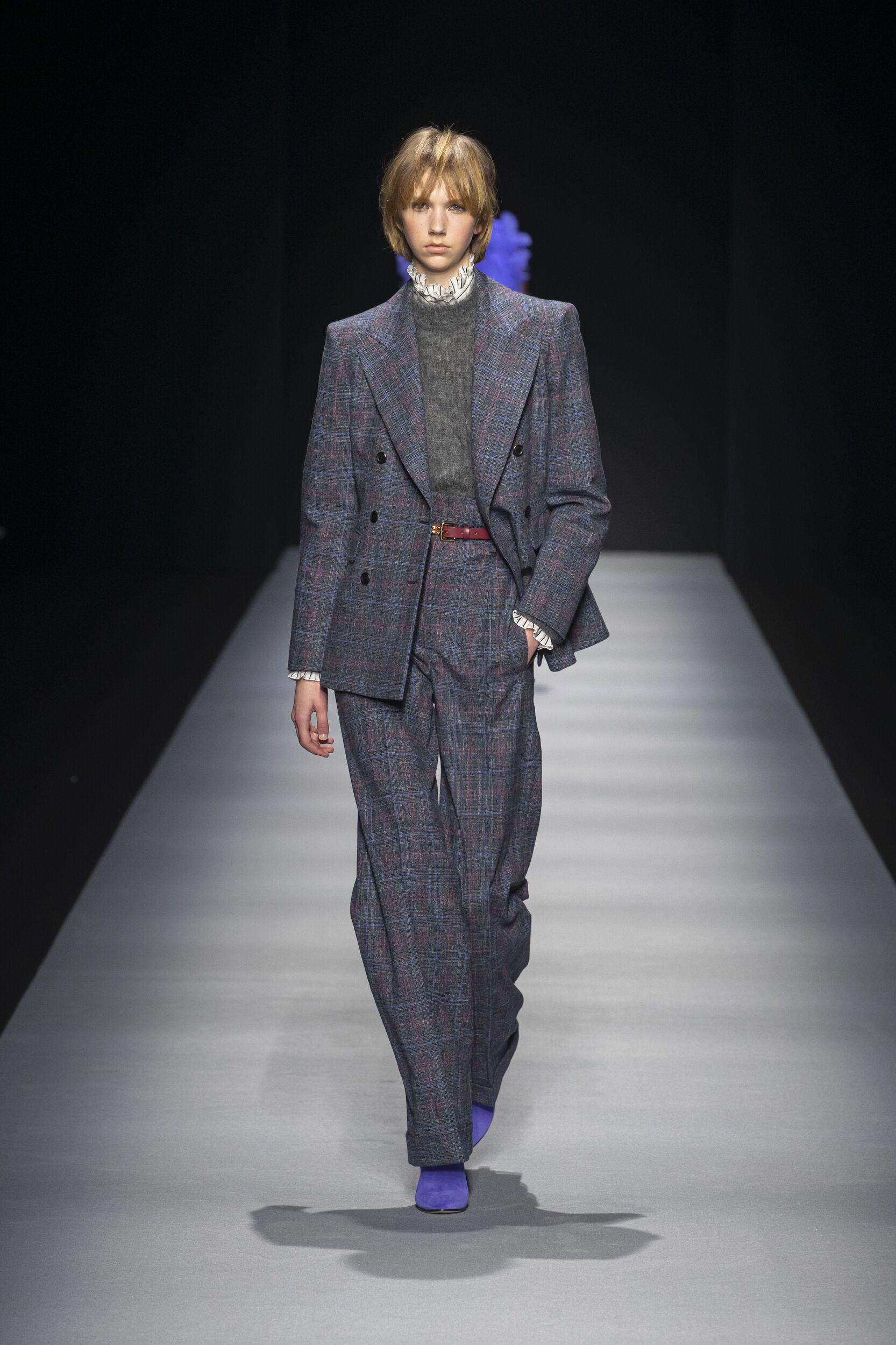 Runway Alberta Ferretti Fall Winter 2020 Women's Collection Milan Fashion Week