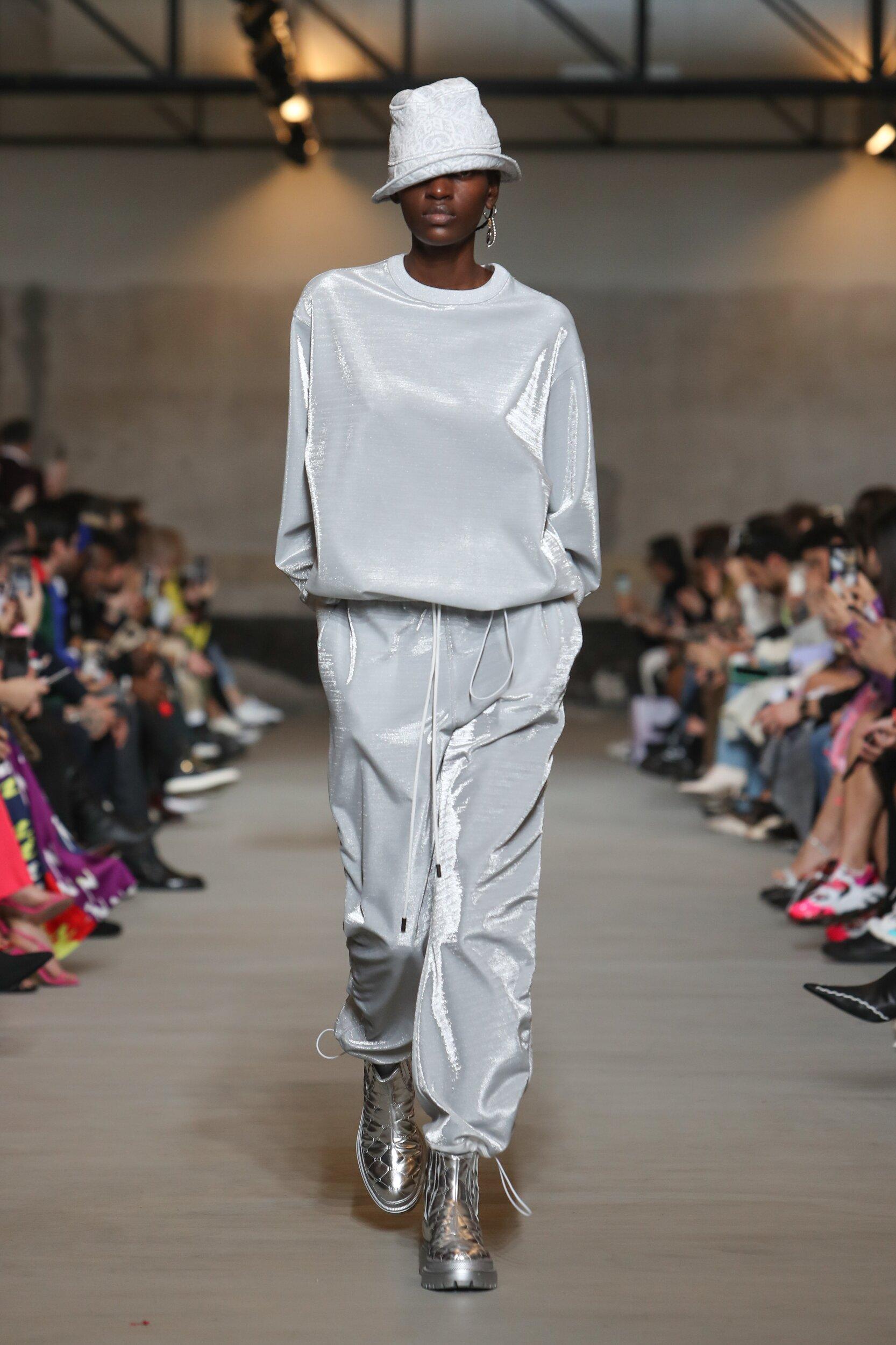 Runway Iceberg Fall Winter 2020 Women's Collection Milan Fashion Week