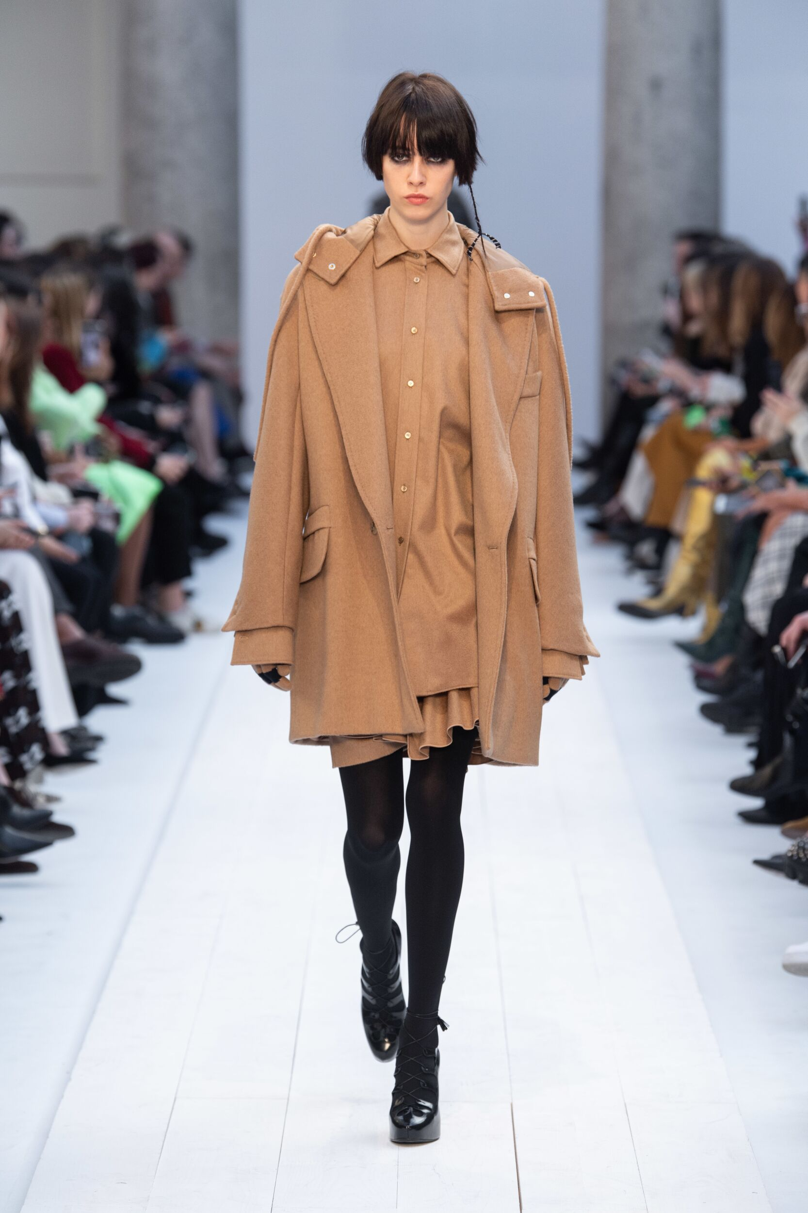 Runway Max Mara Fall Winter 2020 Women's Collection Milan Fashion Week