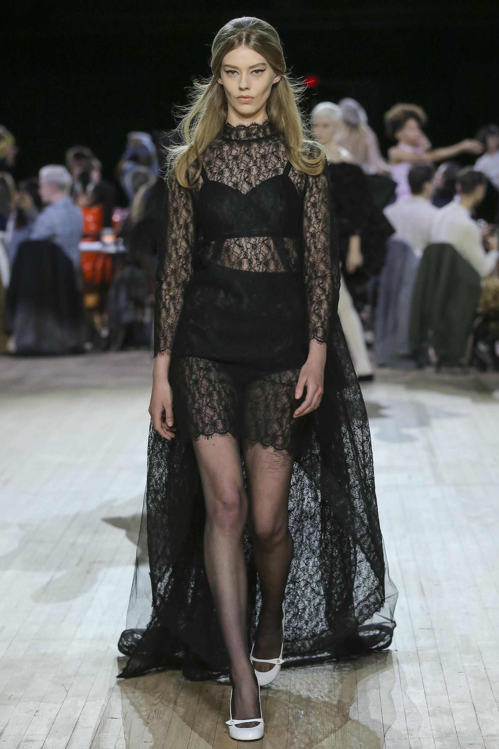 Trends Womenswear Fall Winter Marc Jacobs 2020-2021