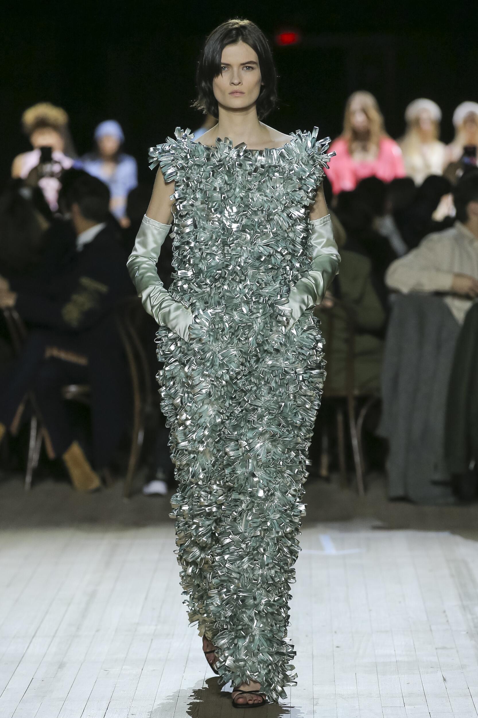 Woman FW 2020 Marc Jacobs Show New York Fashion Week