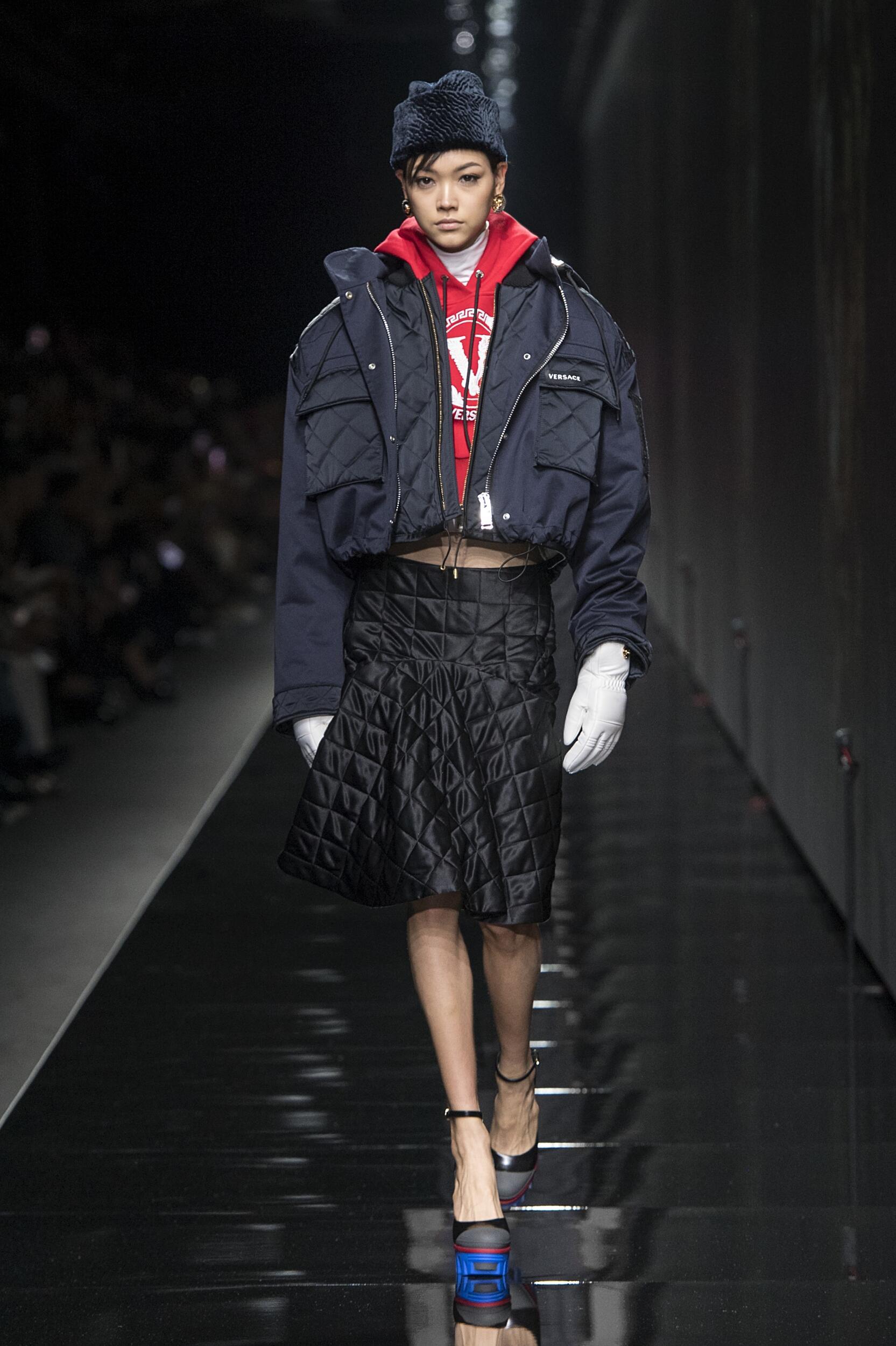 Woman FW 2020 Versace