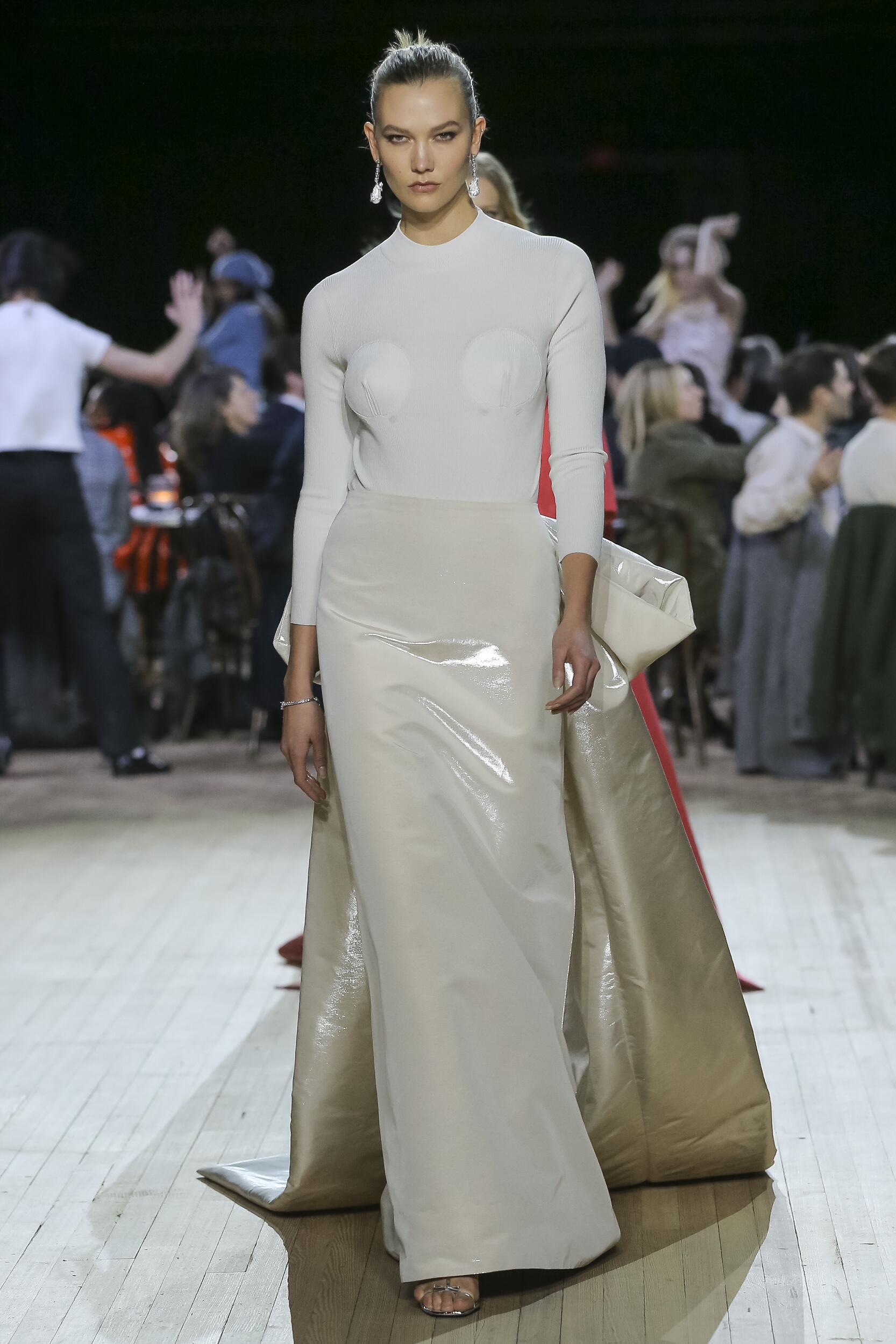 Woman Fashion 2020-21 Womens Style Marc Jacobs