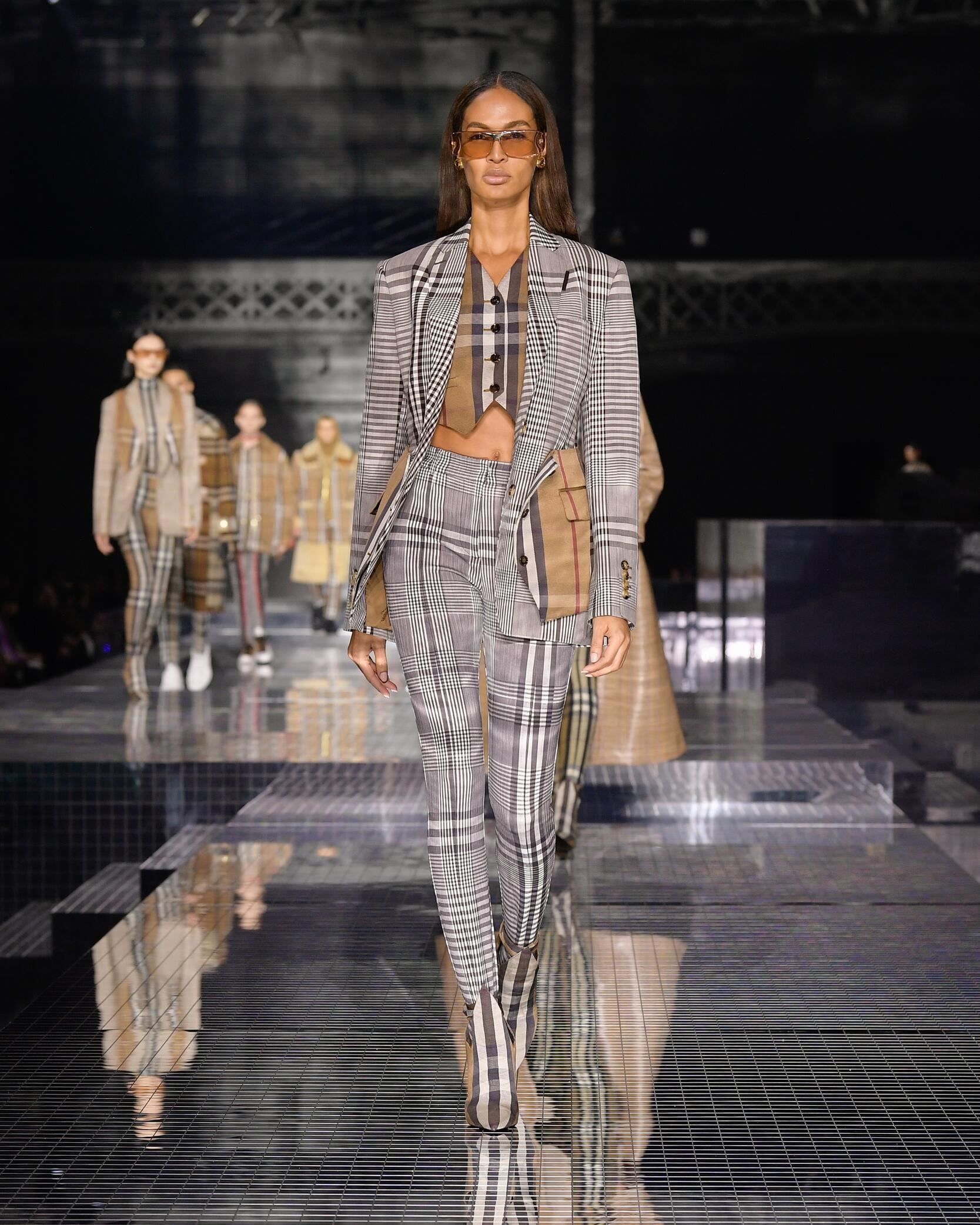 Womenswear FW Burberry 2020