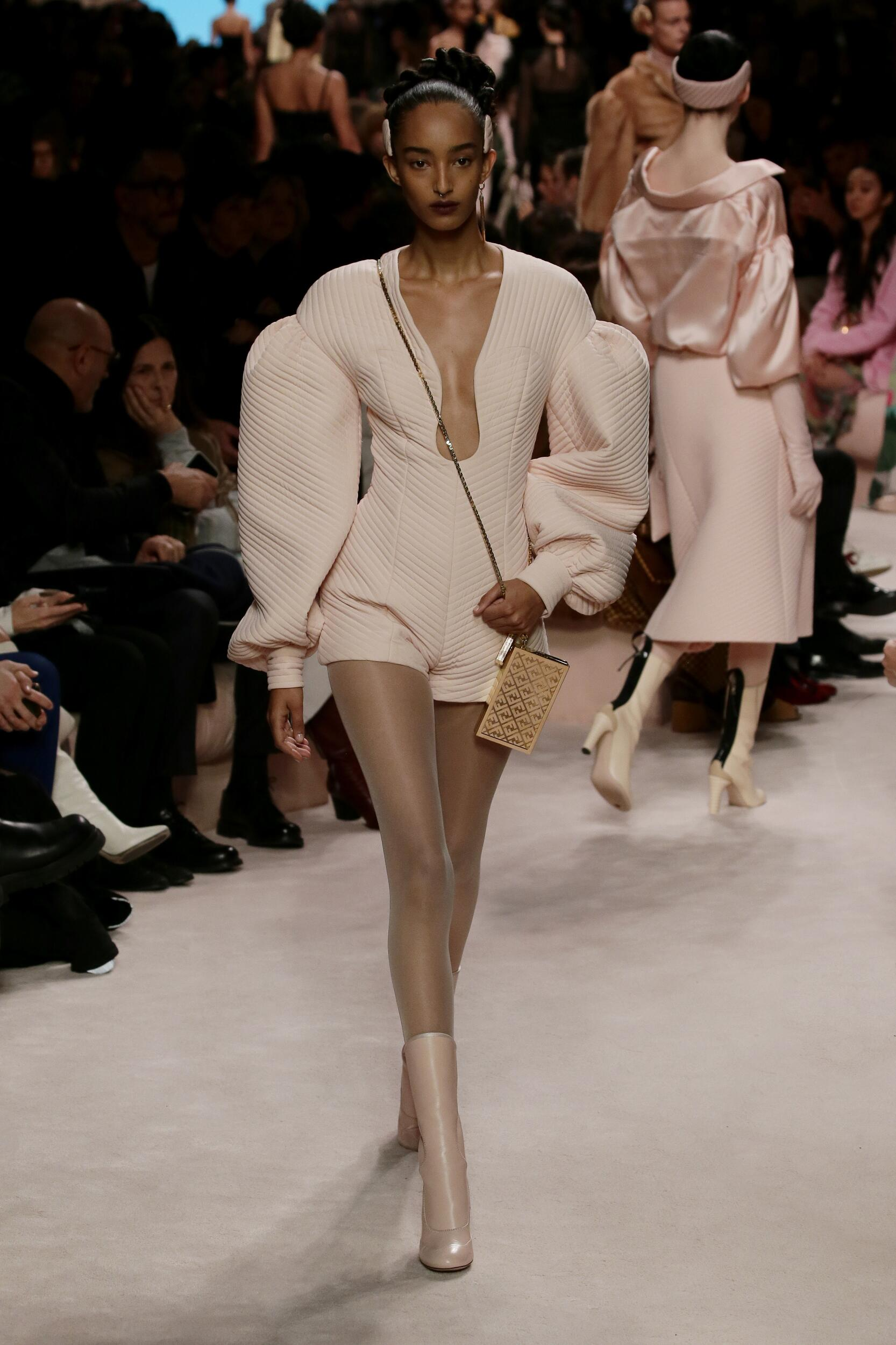 Womenswear FW Fendi 2020