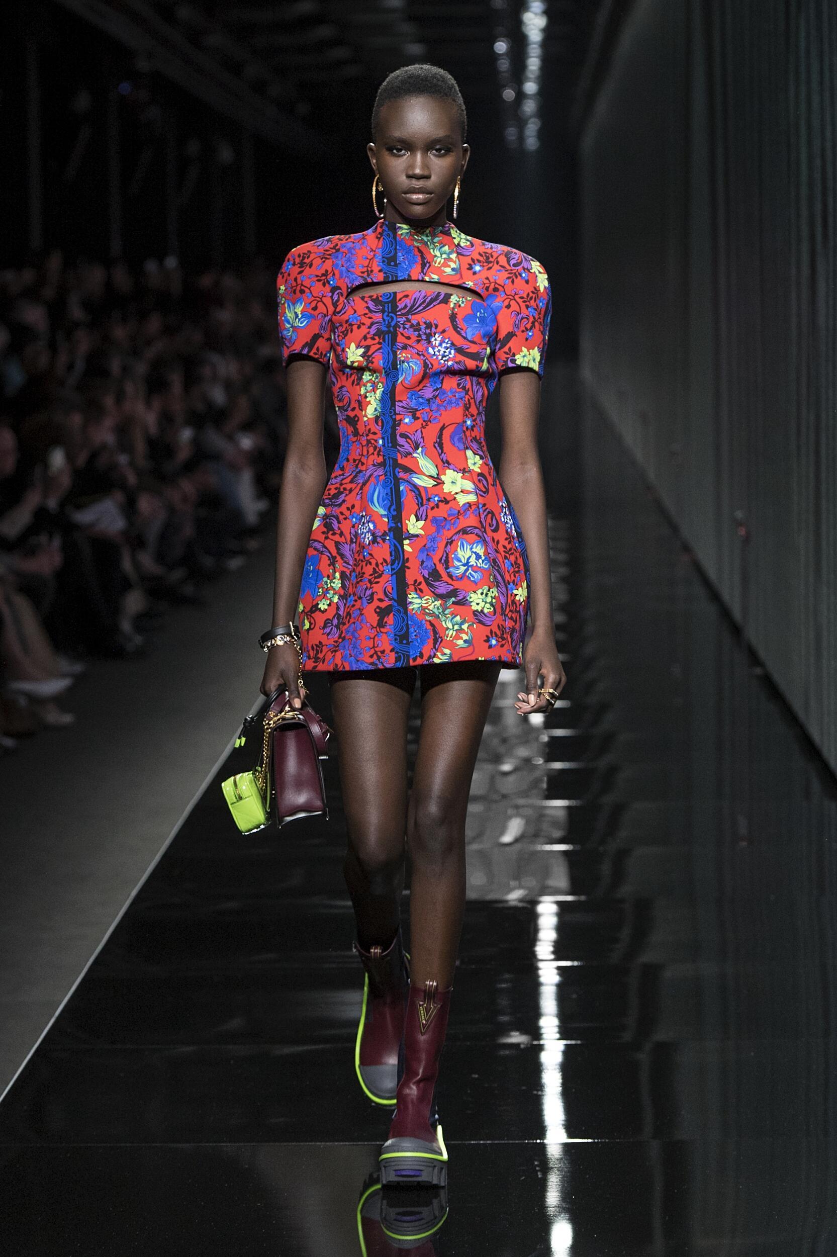 Womenswear FW Versace 2020