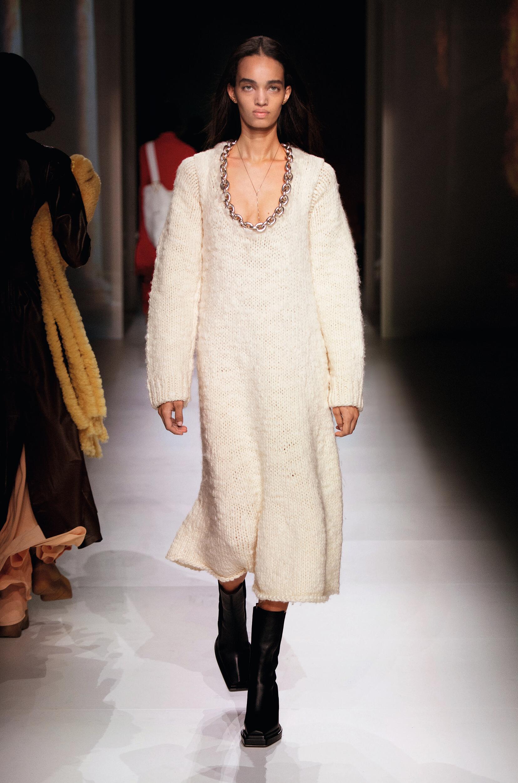 Womenswear Fall Winter Bottega Veneta 2020 Trends