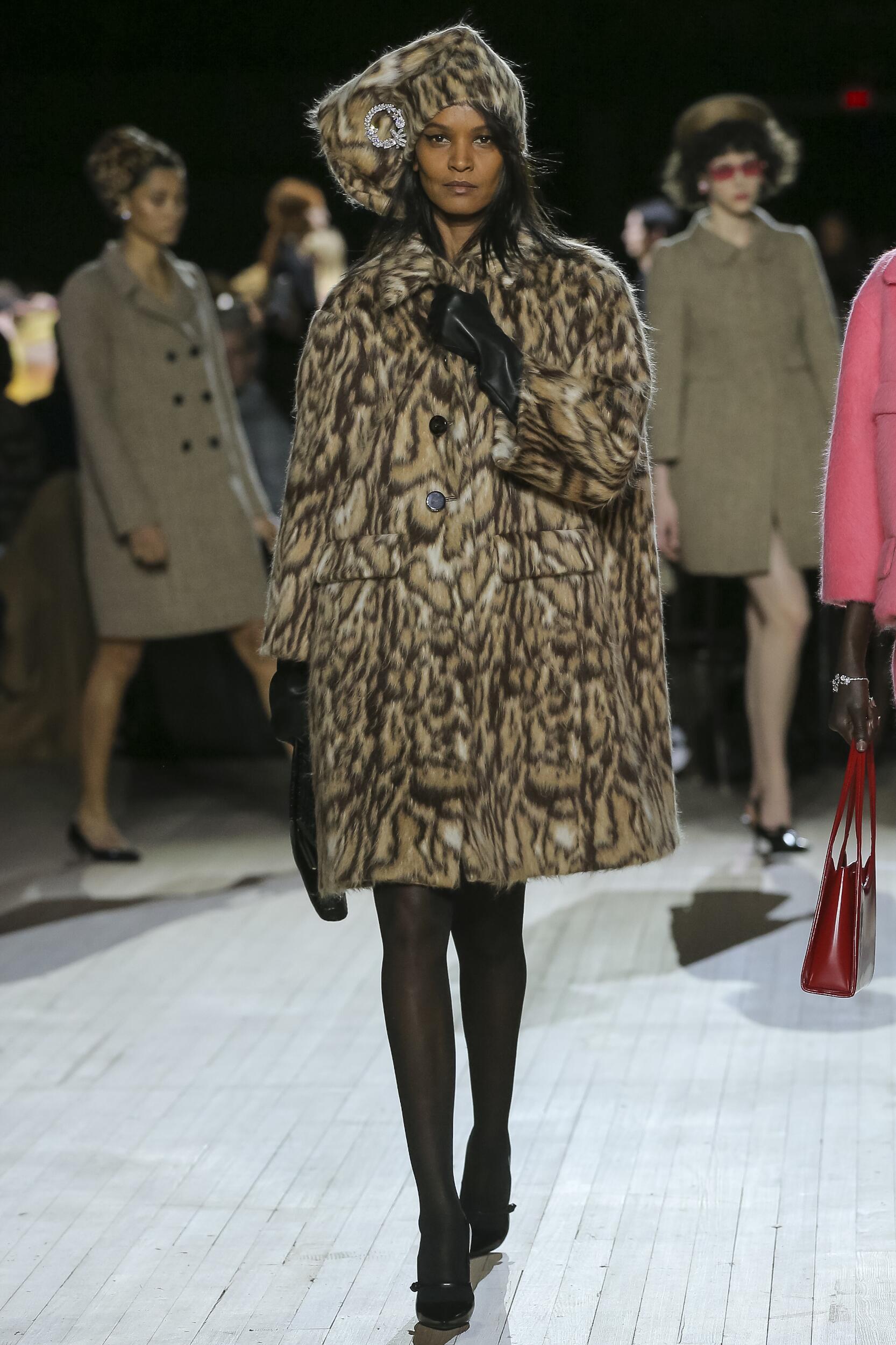 Womenswear Fall Winter Marc Jacobs 2020