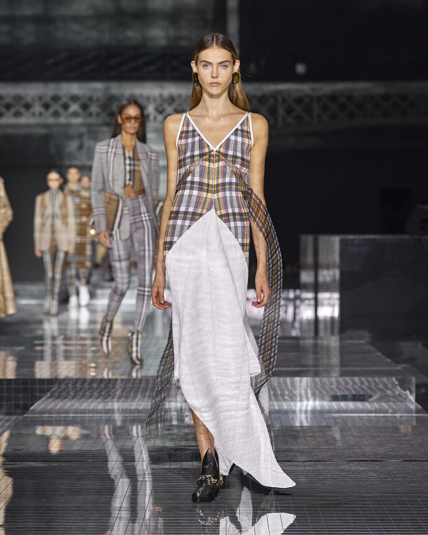 Womenswear Winter Burberry 2020