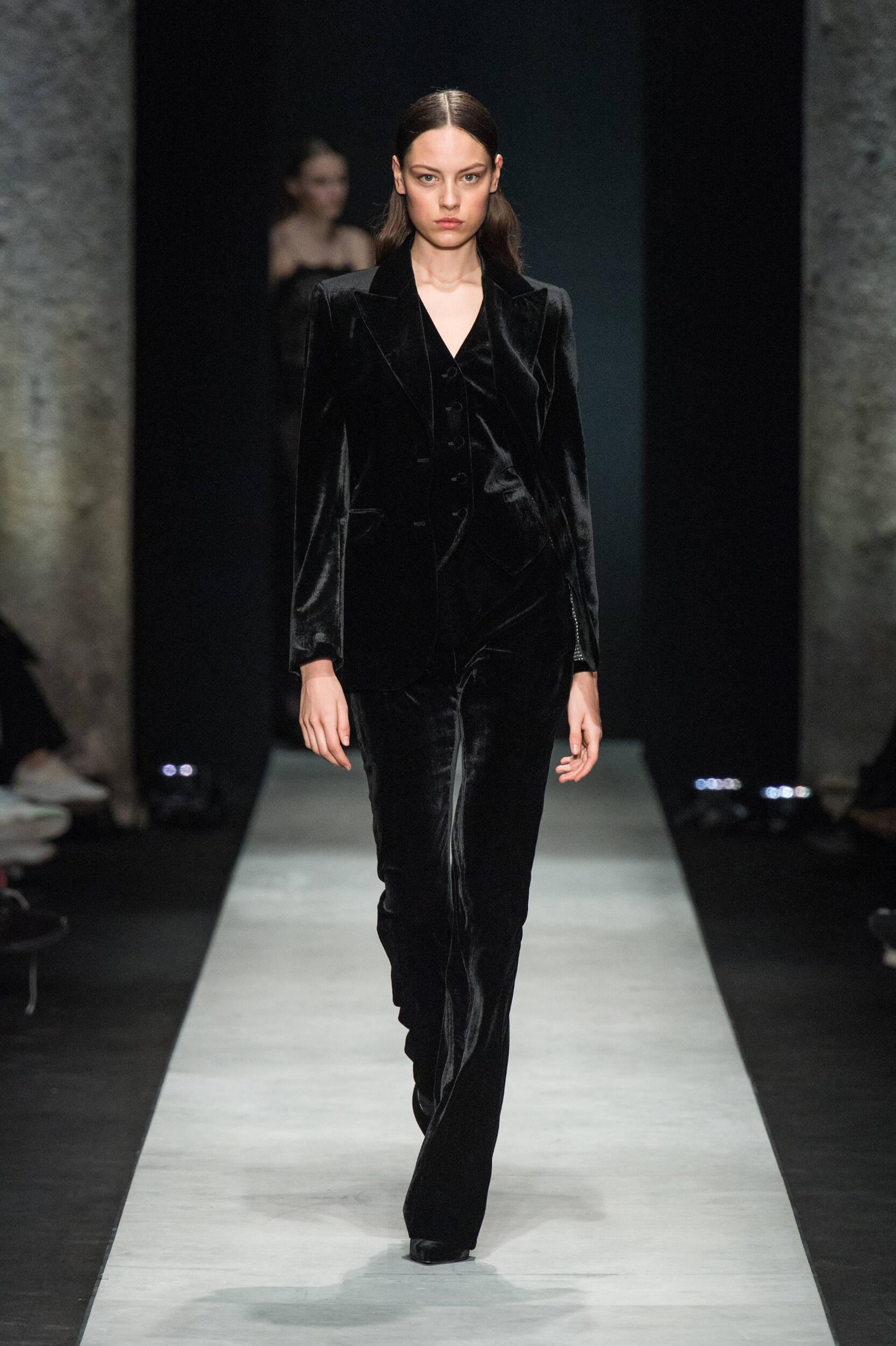 Womenswear Winter Ermanno Scervino 2020