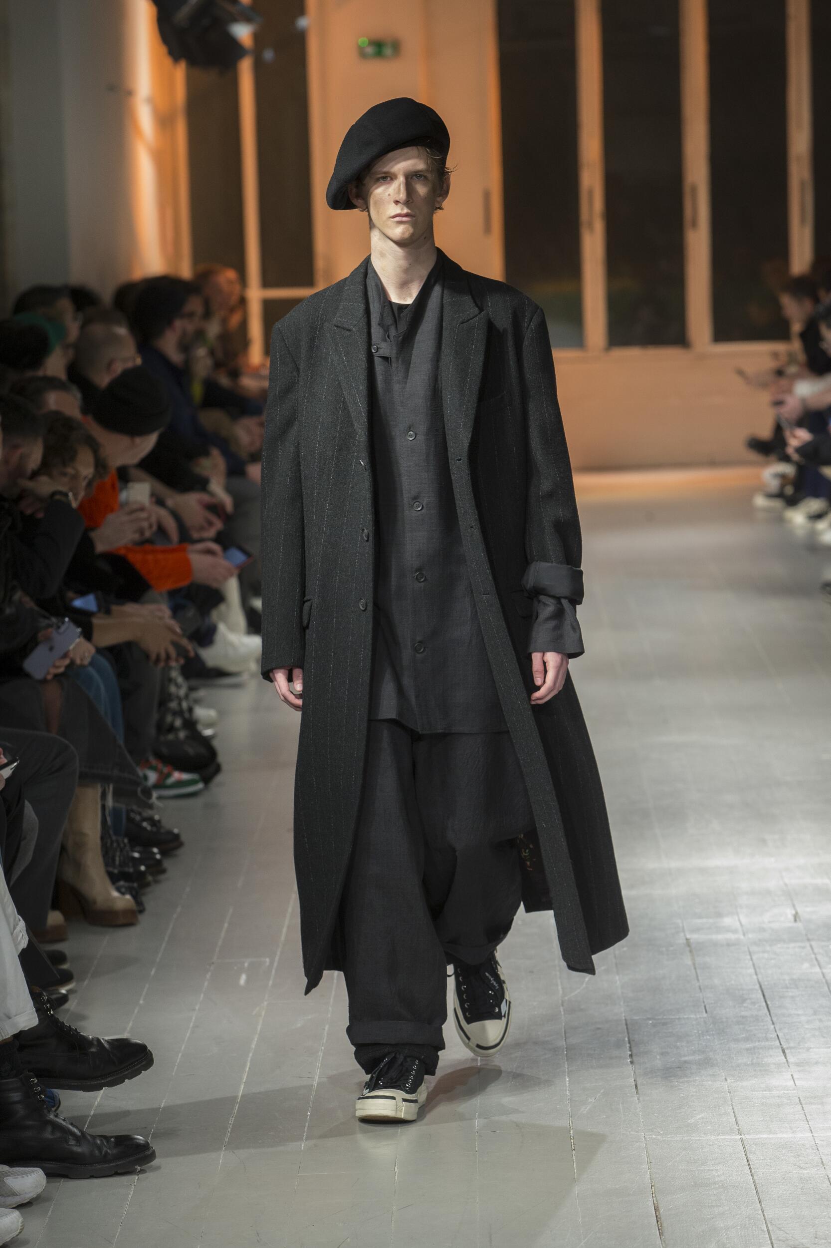 Yohji Yamamoto Fall Winter 2020 Mens Collection Paris Fashion Week
