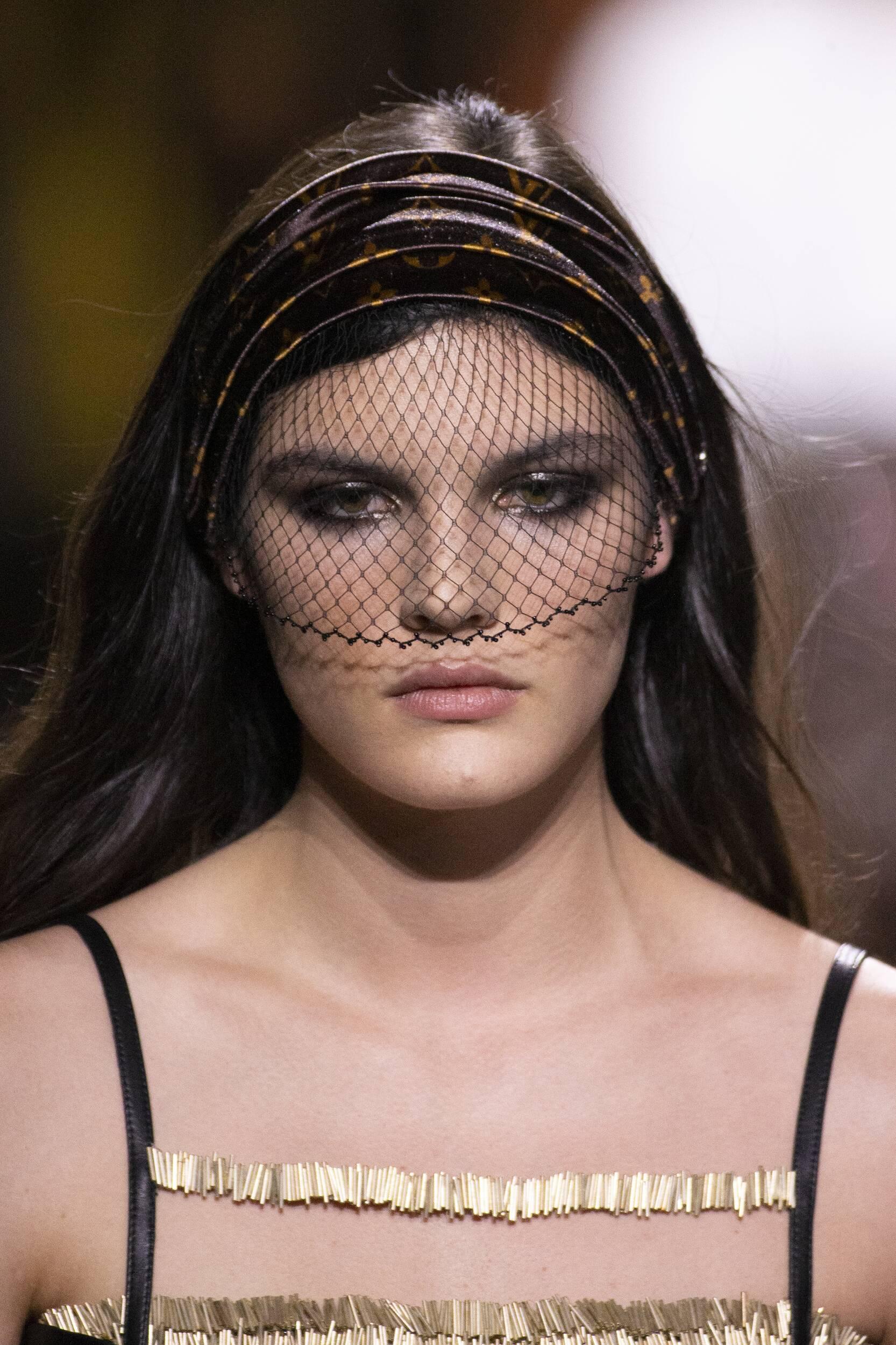 2020 2021 Model Portrait Louis Vuitton