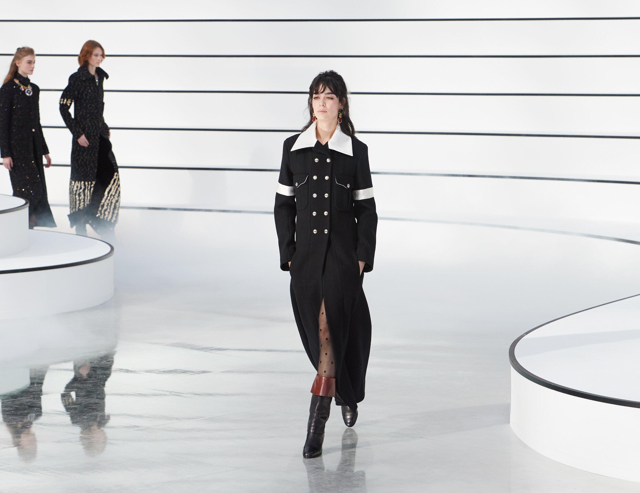 2020 Catwalk Chanel Woman Fashion Show Winter