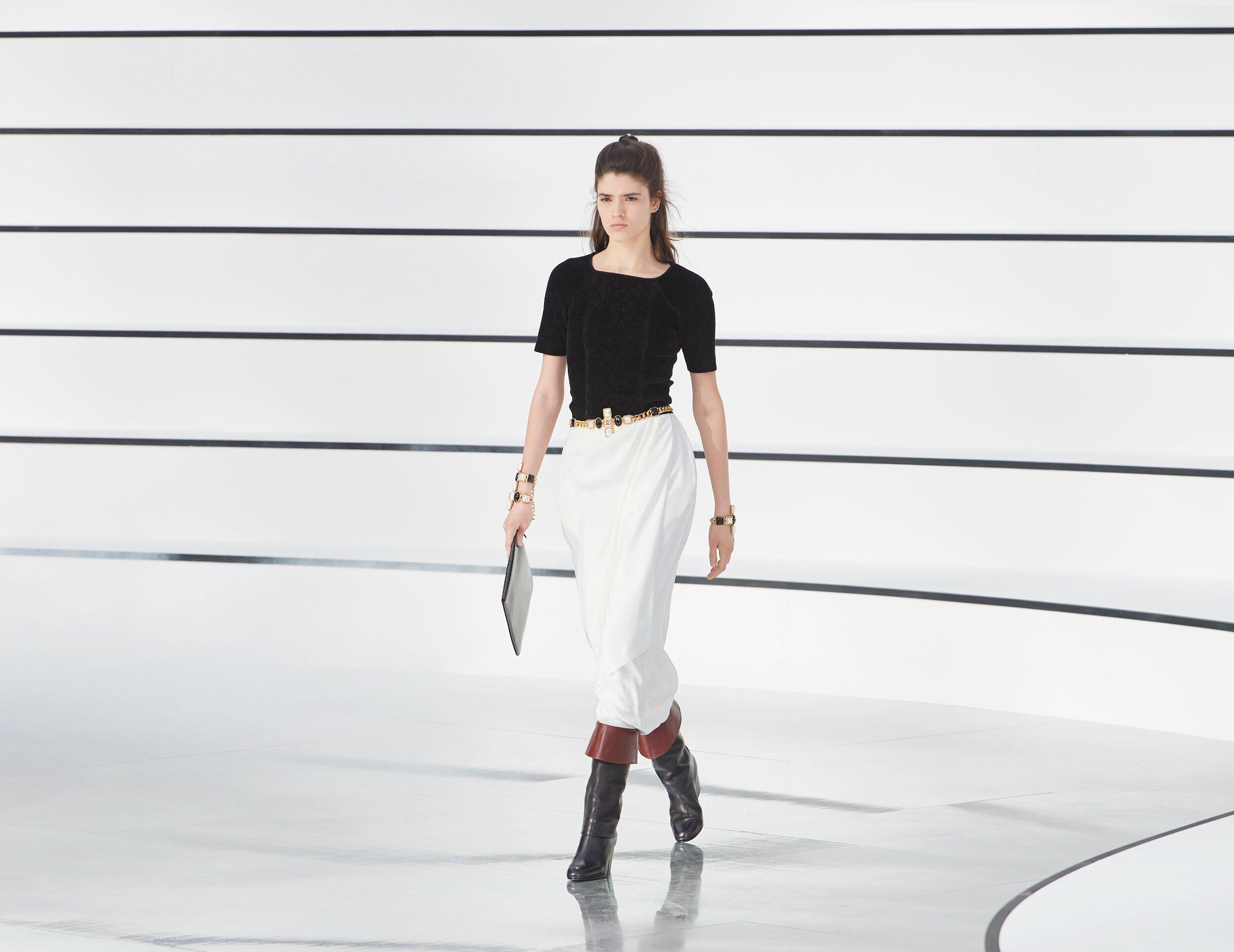 2020 Catwalk Chanel