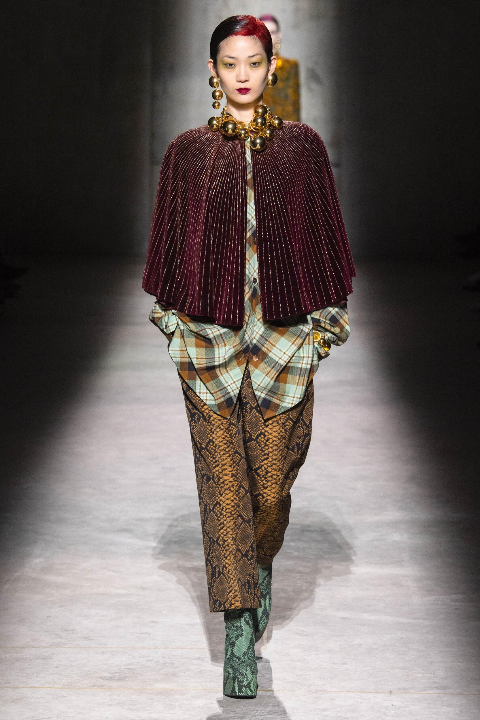 2020 Catwalk Dries Van Noten Woman Fashion Show Winter