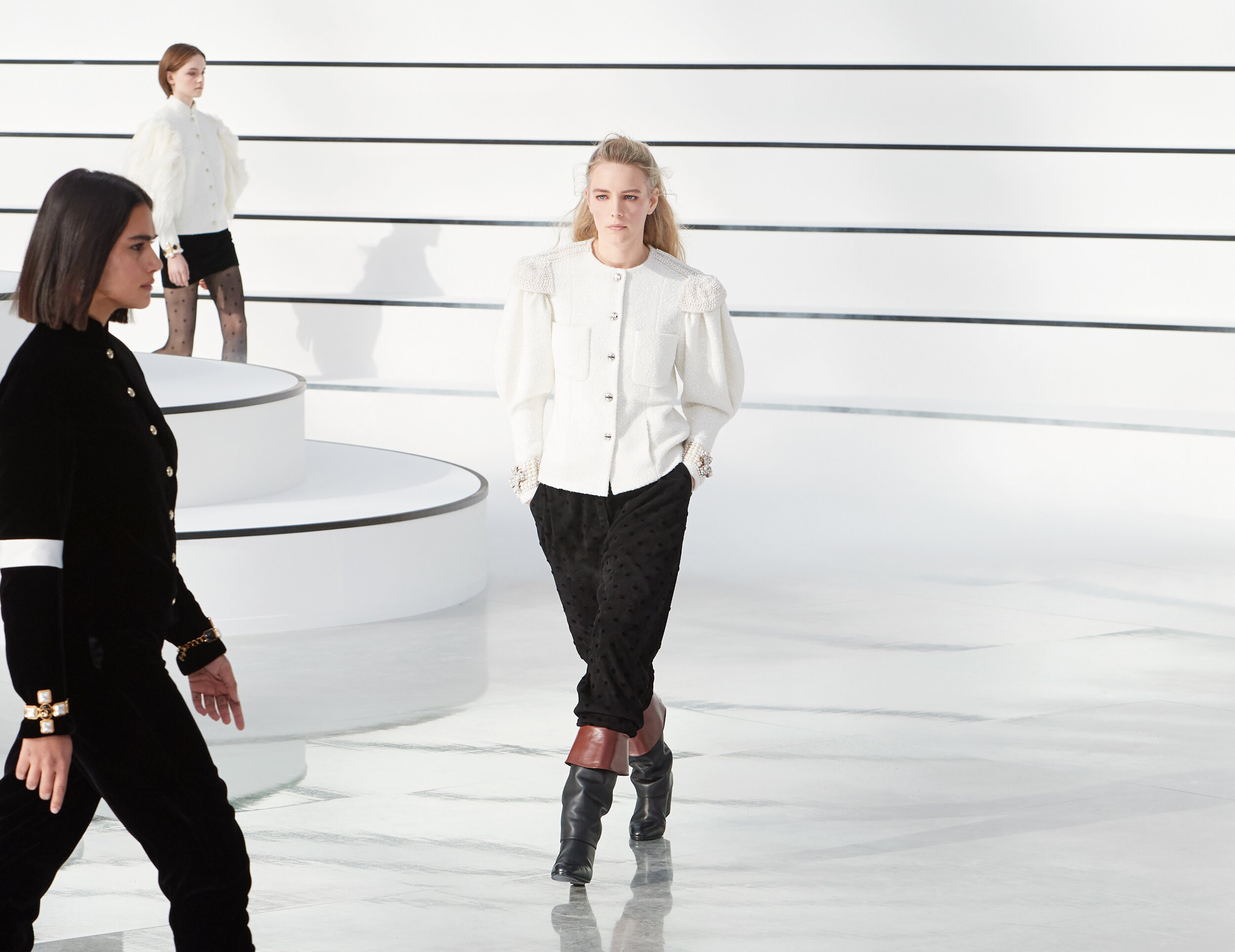 2020 Chanel Catwalk Paris Fashion Week