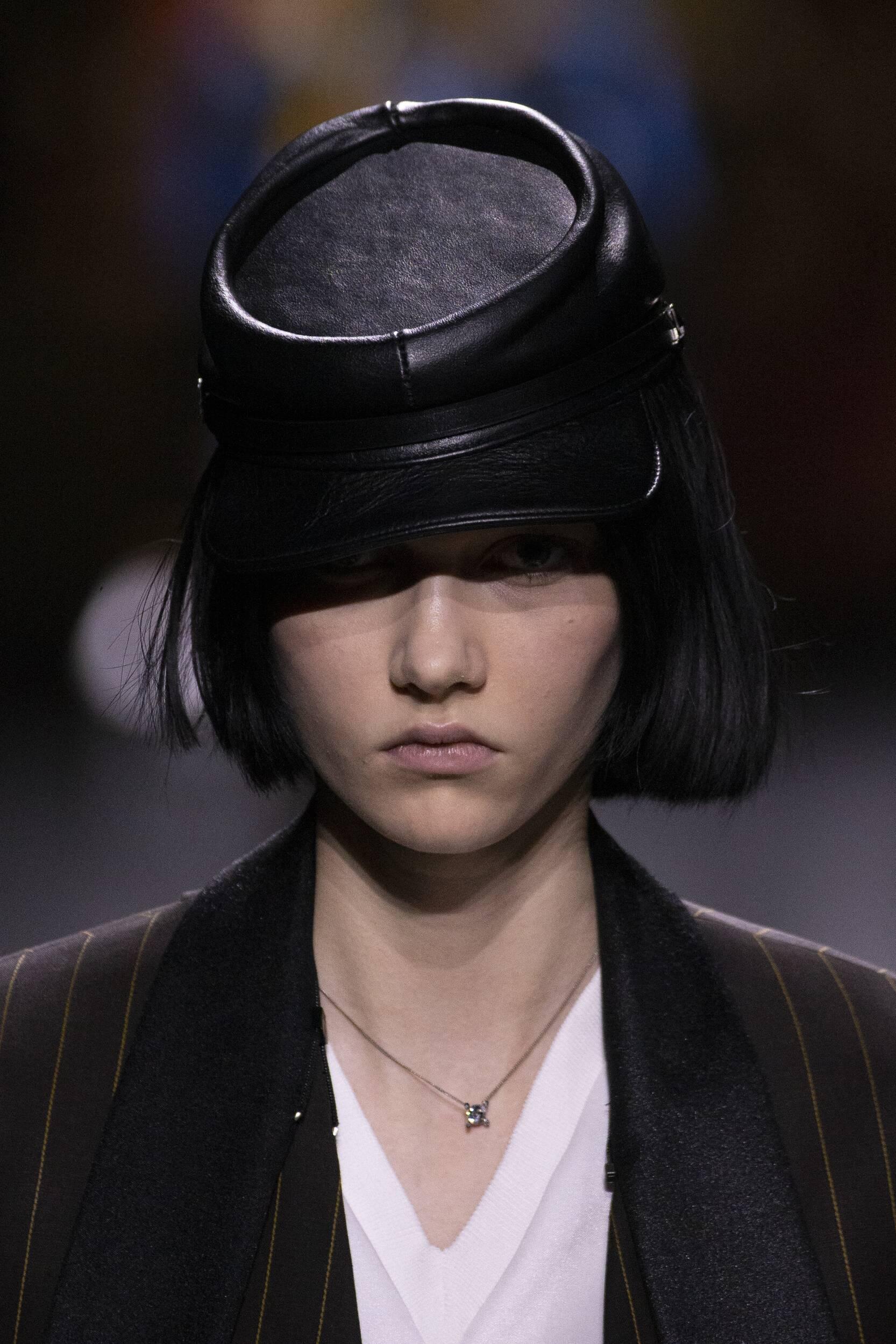 2020 Detail Portrait Louis Vuitton