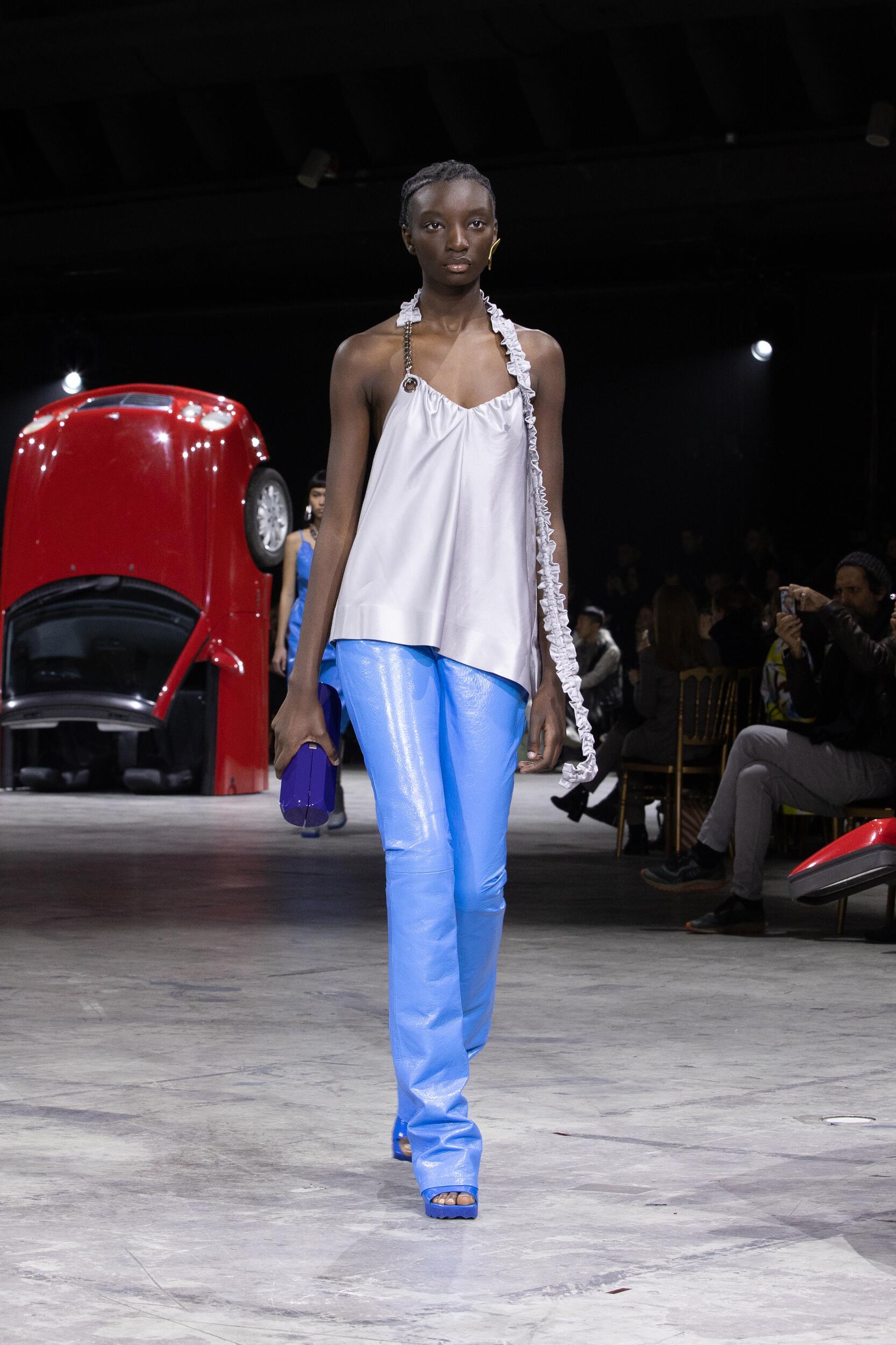 2020 Woman Style Off White c/o Virgil Abloh