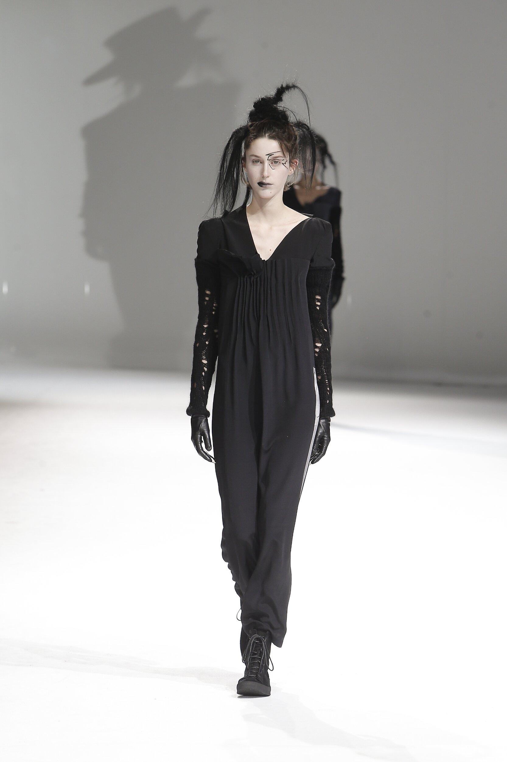 2020 Yohji Yamamoto Fall Winter Woman