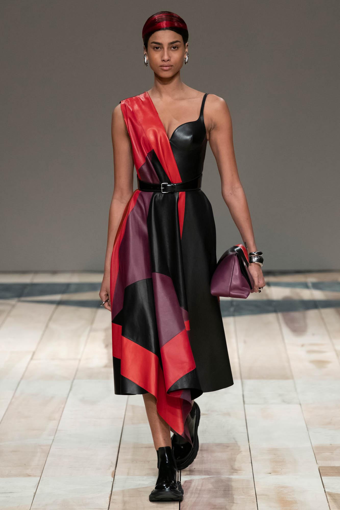 Alexander McQueen FW 2020 Womenswear