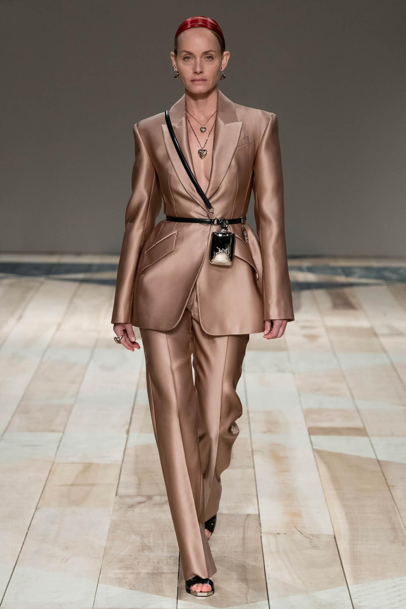 Alexander McQueen Women Style