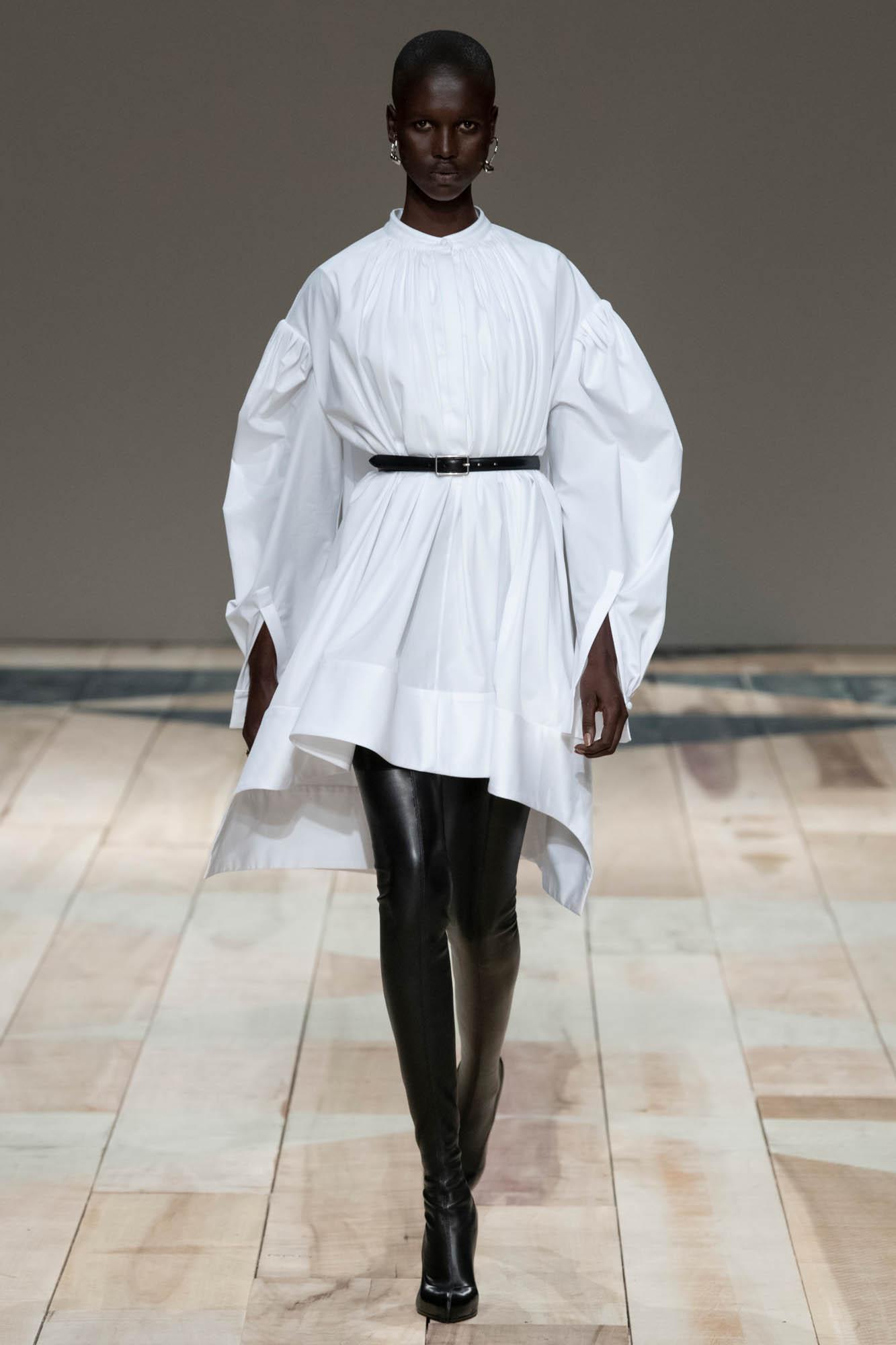 Alexander McQueen Women's Collection 2020-21