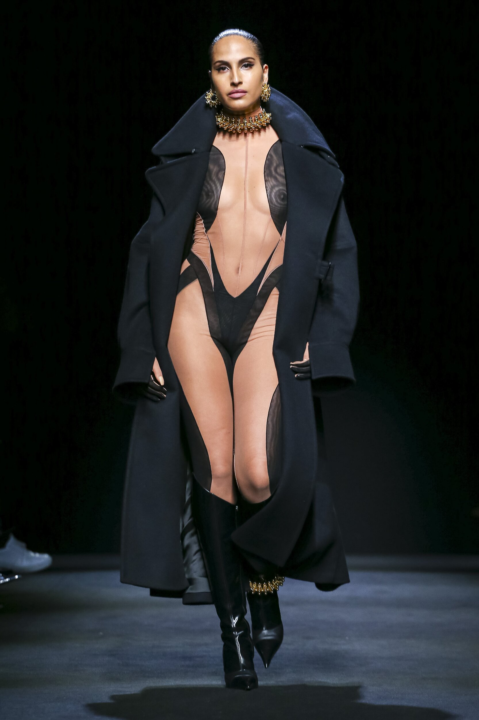 Catwalk Mugler Women Fashion Show Winter 2020