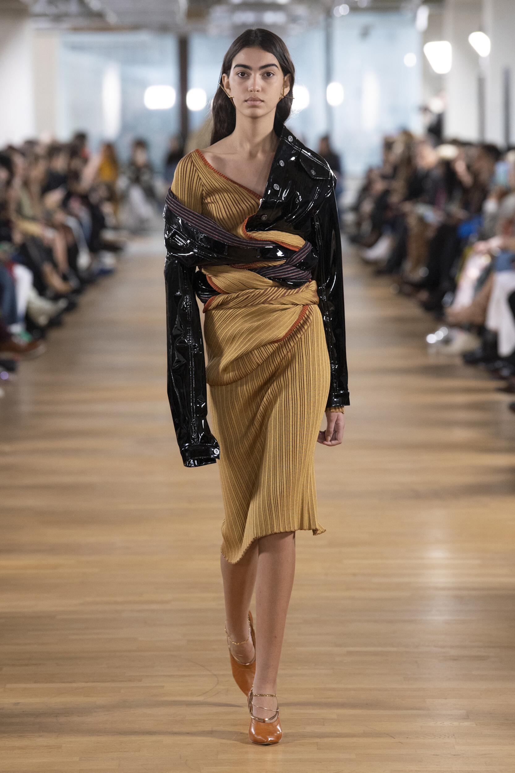 Catwalk Y/Project Women Fashion Show Winter 2020
