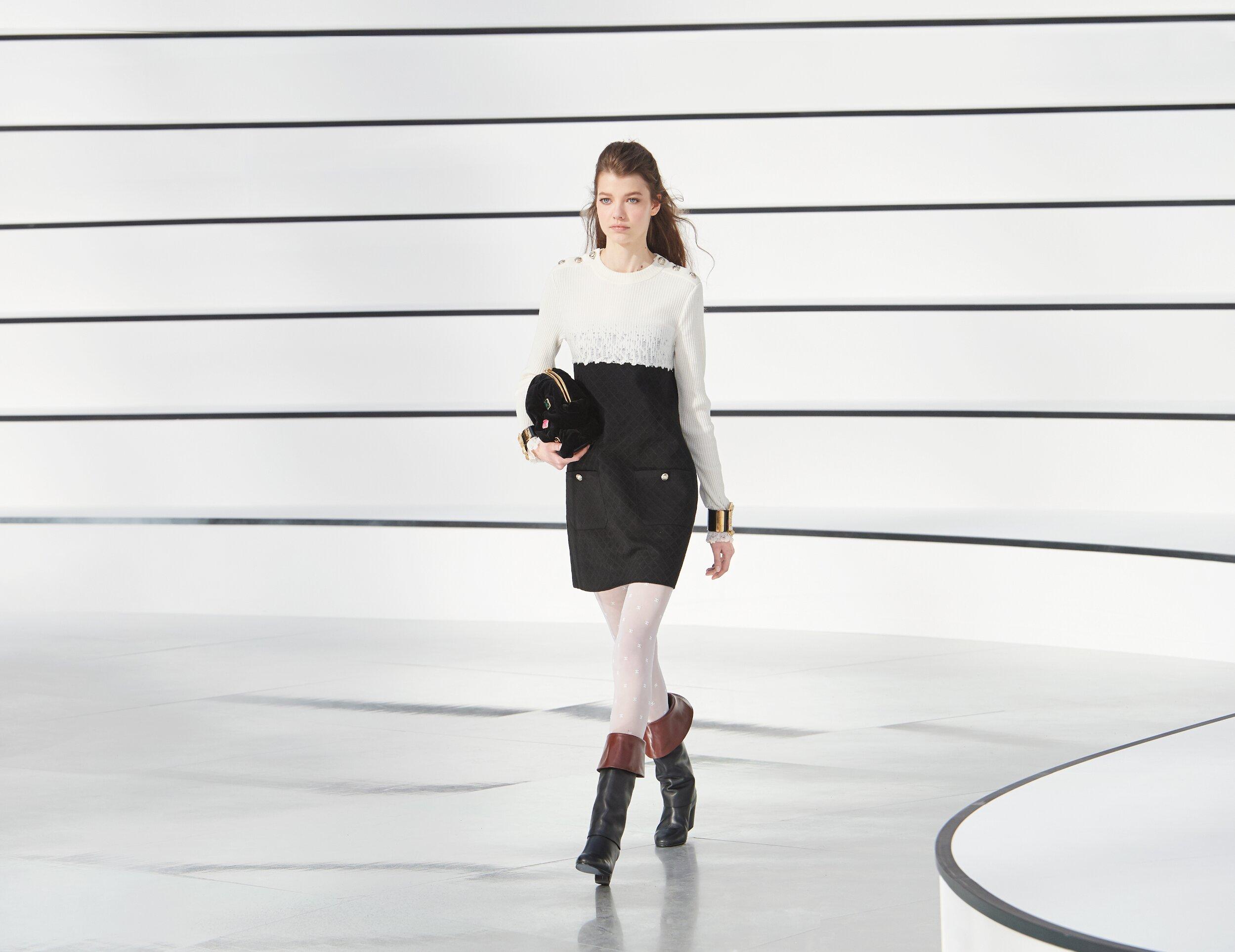 Chanel 2020-21 Paris