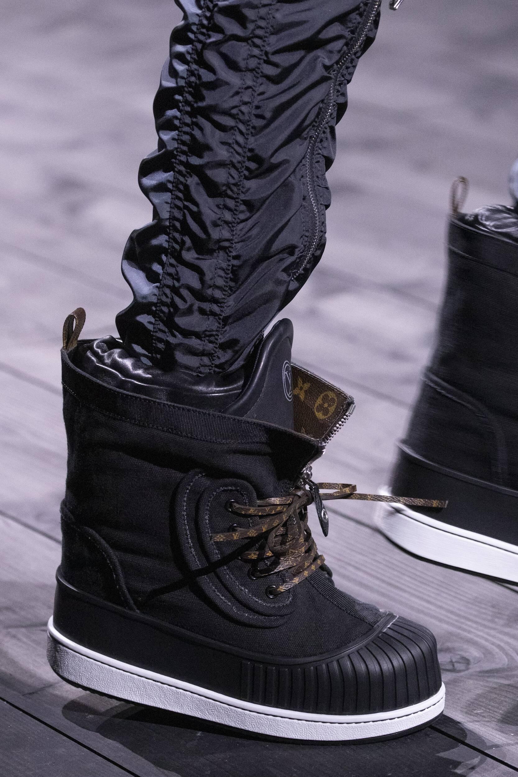 Detail Shoes Louis Vuitton