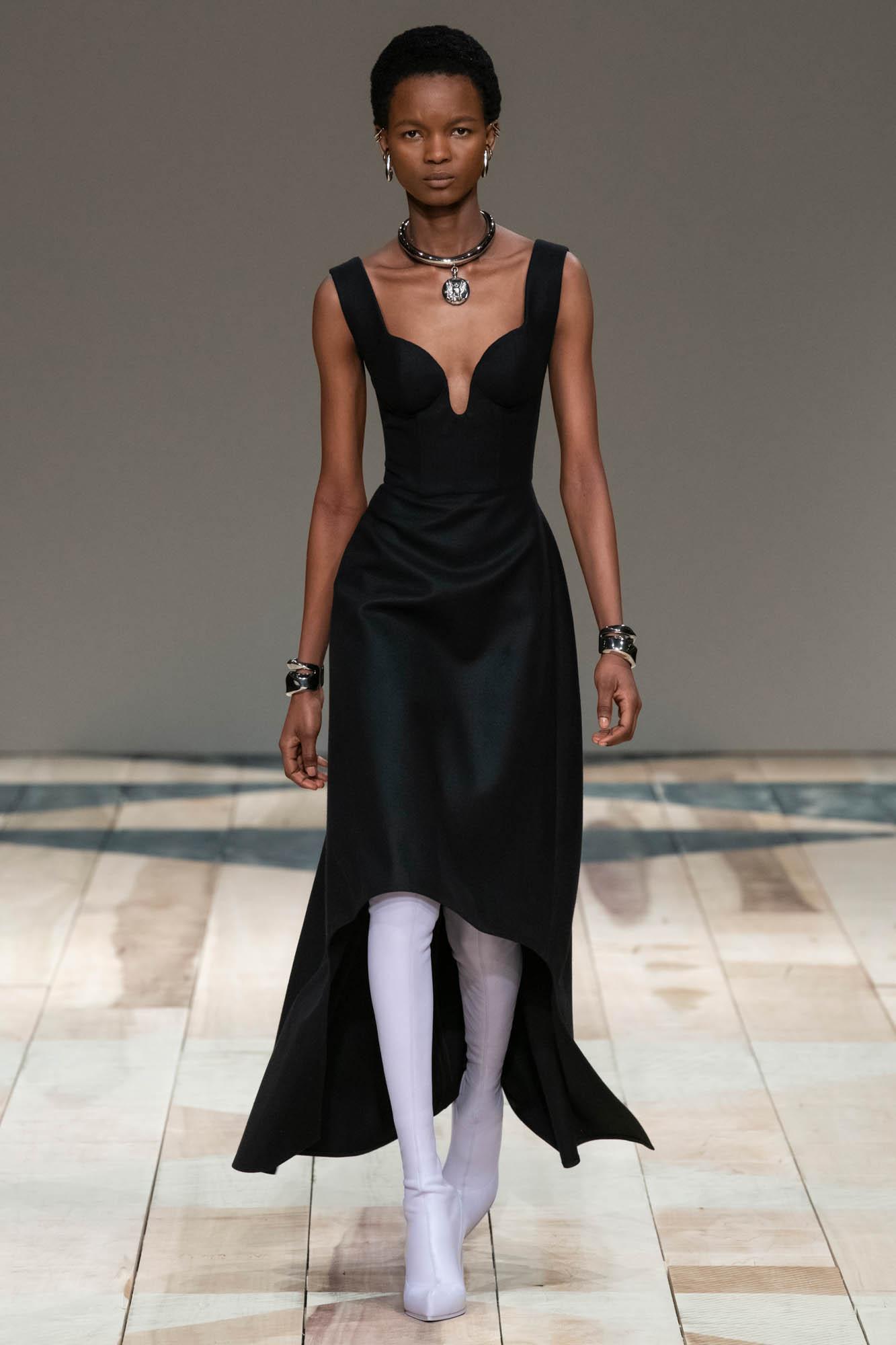 FW 2020-21 Fashion Show Alexander McQueen