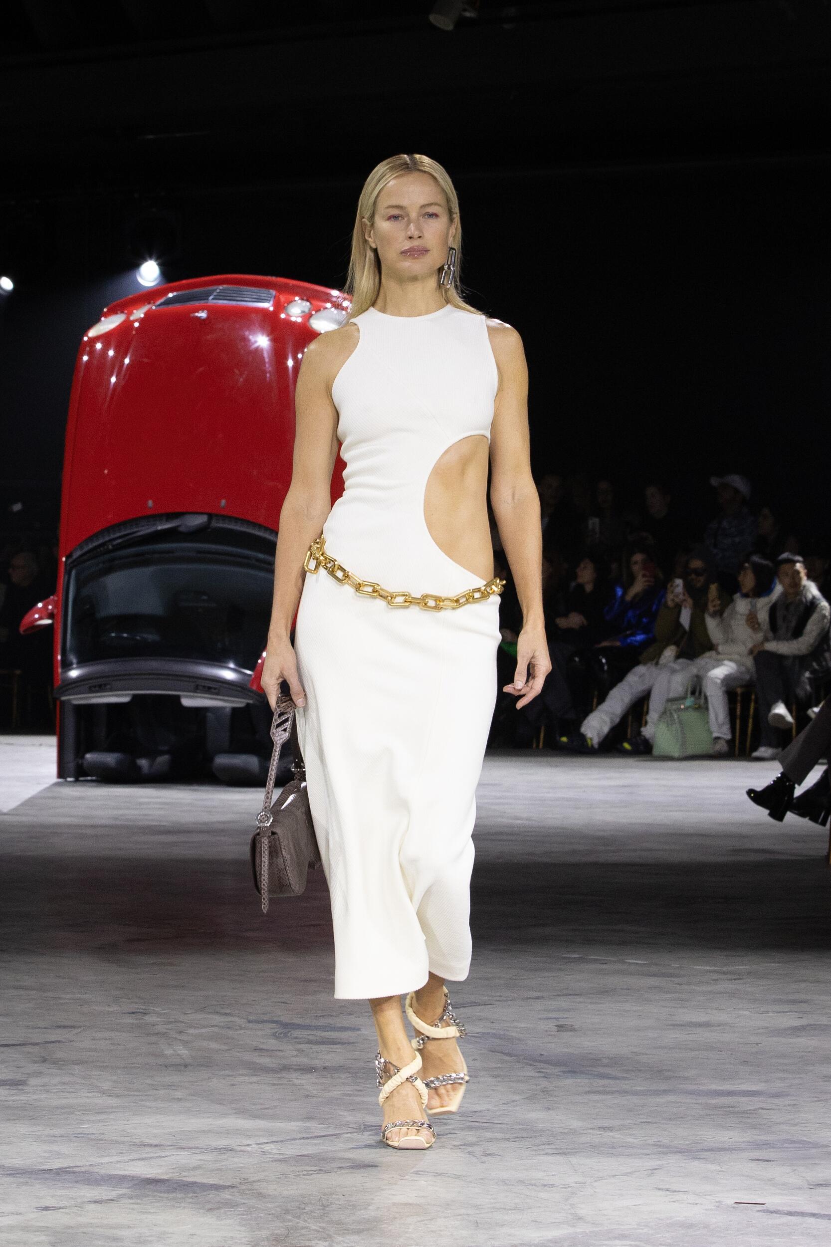 Fall 2020 Fashion Trends Off White c/o Virgil Abloh
