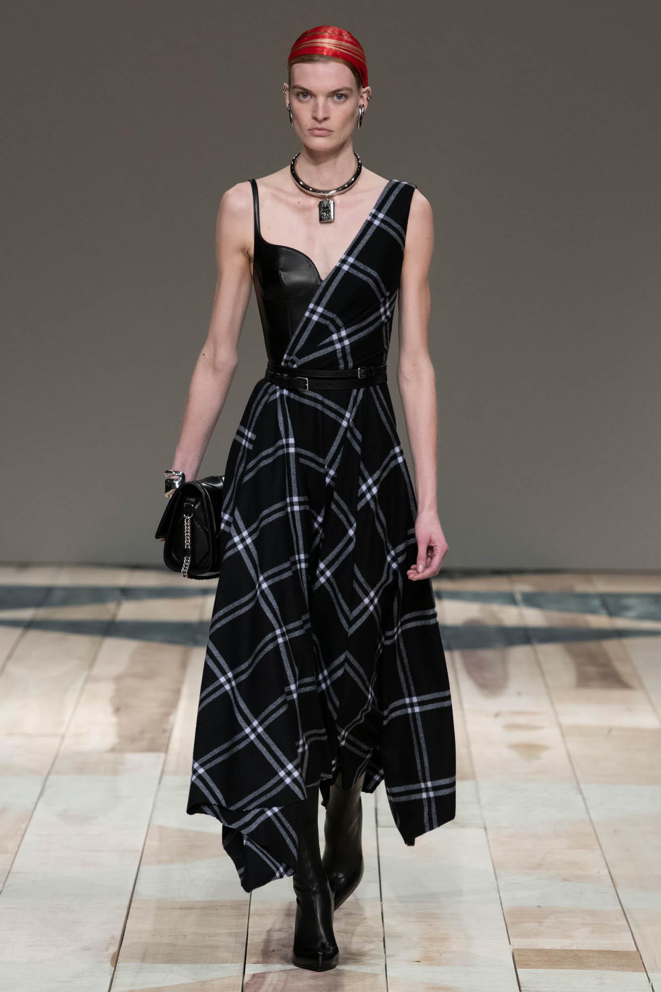 Fall 2020 Womenswear Alexander McQueen