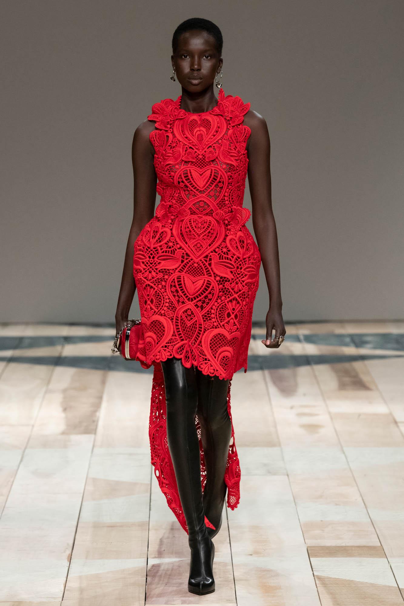 Fall Fashion 2020 Alexander McQueen